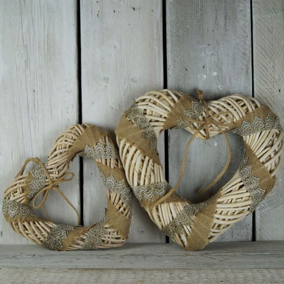 Wicker & Lace Large Heart  £3