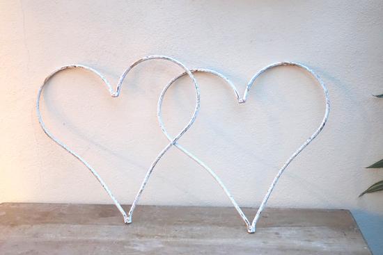 Cream Metal Hearts (X2) £3