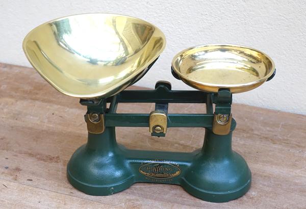 Vintage Brass Scales £3