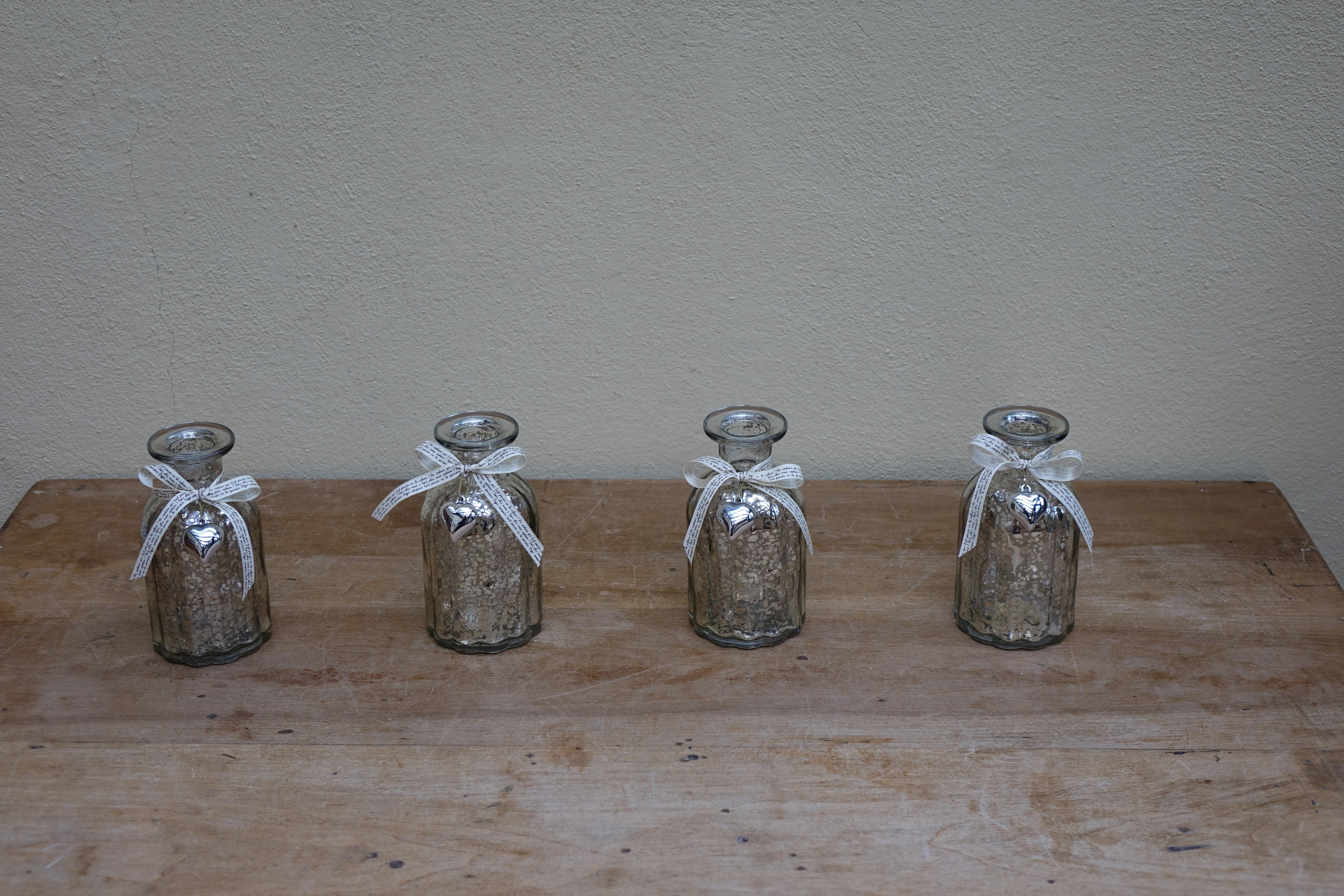 Small Mercury Vases (x12 Small) £1.50
