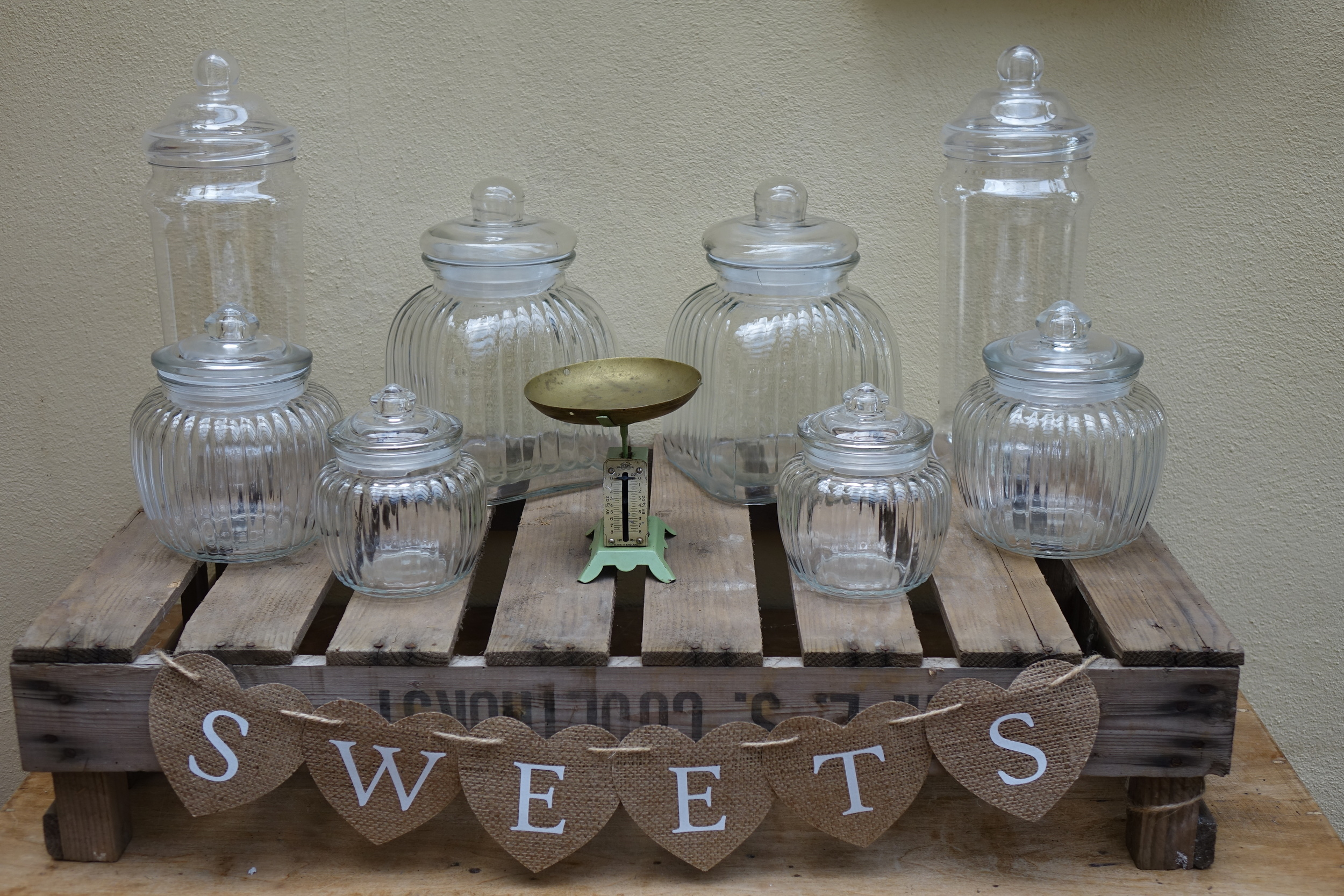 Sweets Hessian Sign £2
