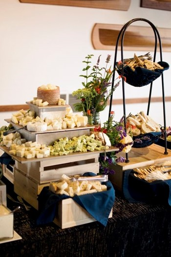 box buffet table 4.jpg
