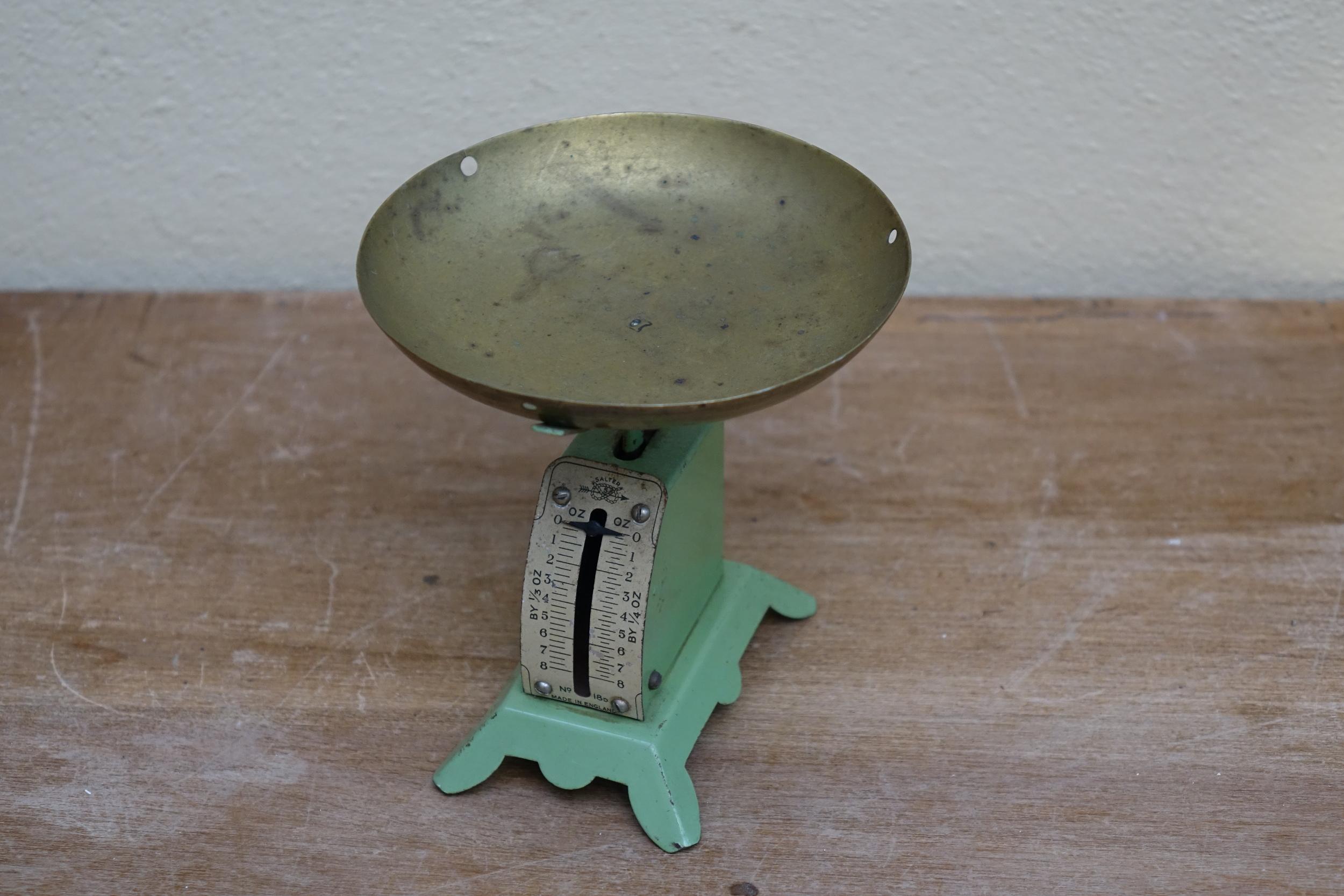 Mini Scales £4