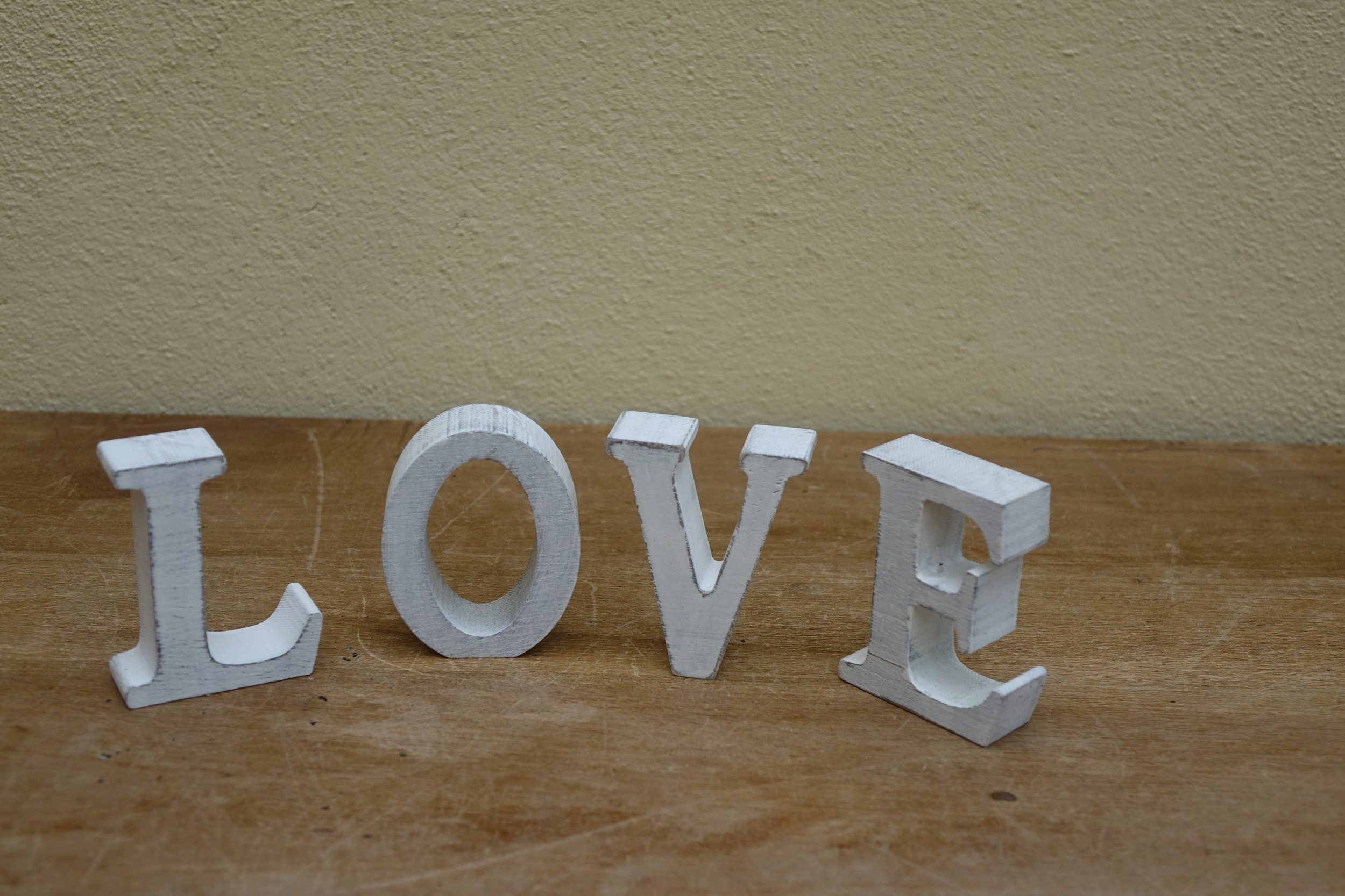 Small Ivory LOVE Sign £1