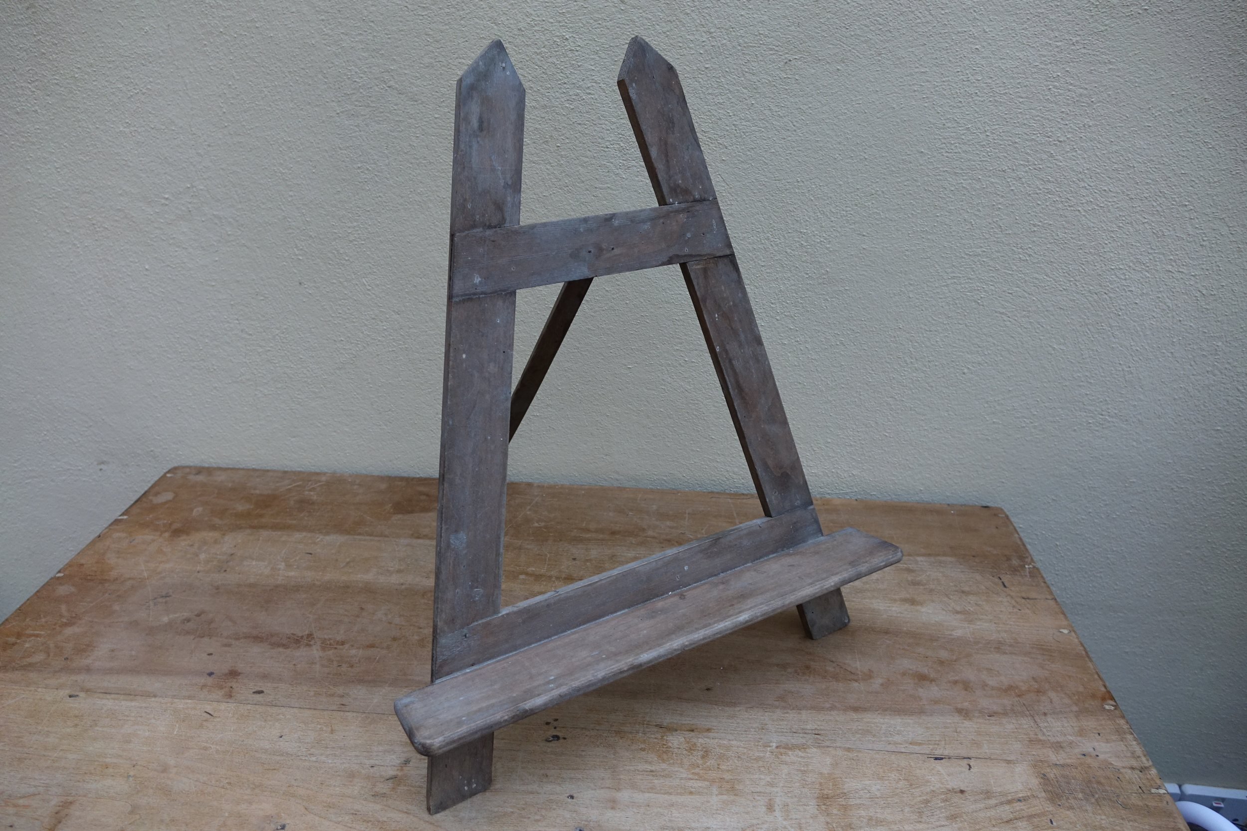 Vintage French Table Top Easel