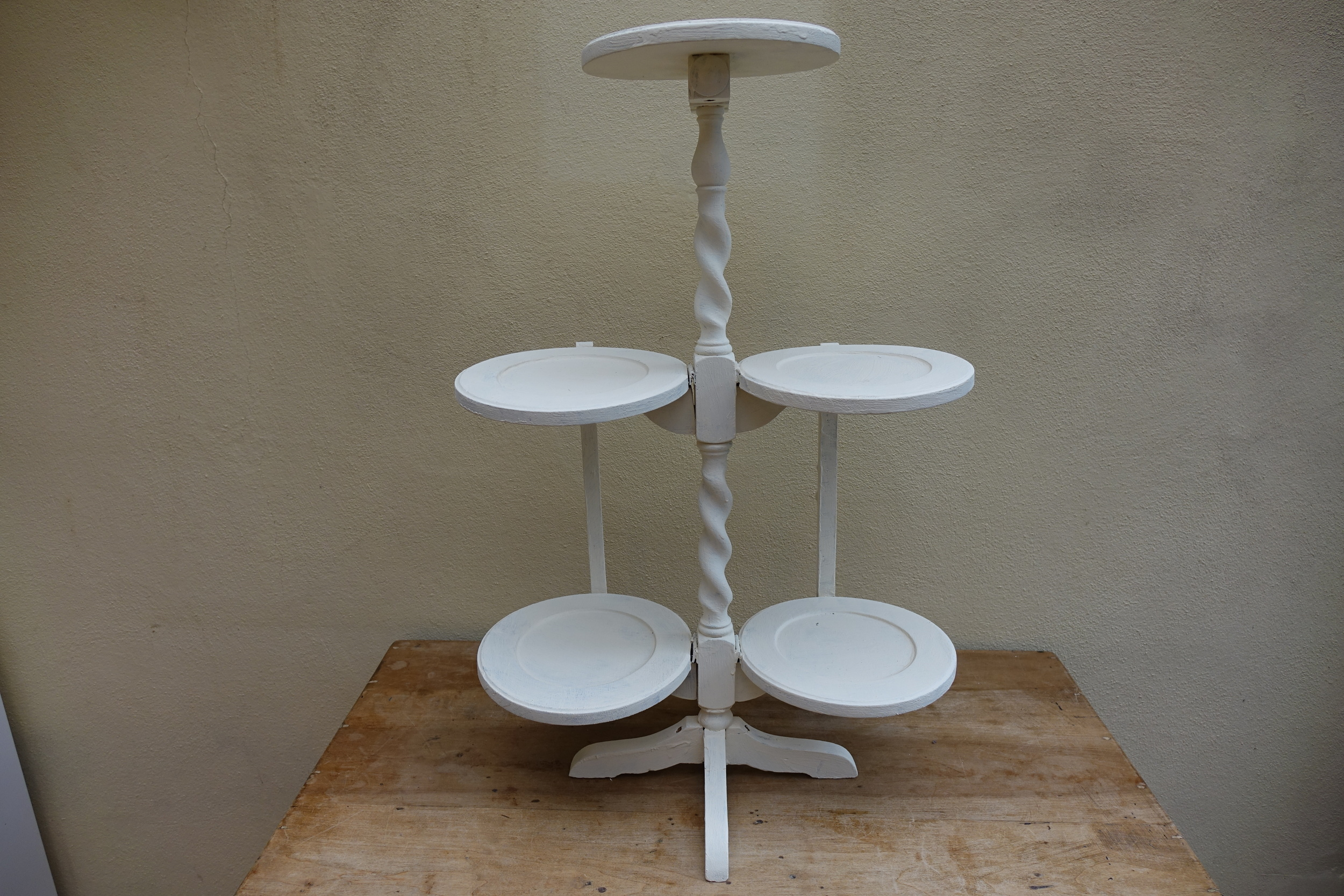 Vintage Tiered Stand £7.50