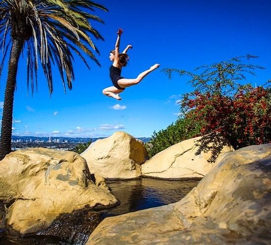 Fearless . . . . . . . . . . . . . . #ballerina #ballet #pointe #dance #dancers #pointeshoes #balletlife #balletphotography #tutu #balletdancer #balletfeet #balletstyle #instaballet #workout #flexible #dancer #worldwideballet #photooftheday #balletaddiction #balletdesire @ballerina.nation #ballerinaplans #instadance #move #bend #love #beautiful #colorful