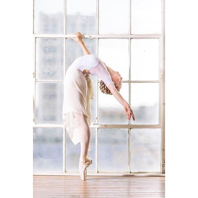 Let the light shine through . . . . . . . . . . . . . . . #ballerina #ballet #pointe #dance #dancers #pointeshoes #balletlife #balletphotography #tutu #balletdancer #balletfeet #balletstyle #instaballet #workout #flexible #dancer #worldwideballet #photooftheday #thepointeshop @thepointeshop @russianpointebrand @discountdance #balletbeautifulgirls #dancelovedance #balletaddiction #balletdesire @ballerina.nation #downtownla #instadance #move #bend #love #beautiful #colorful @fdphotostudio