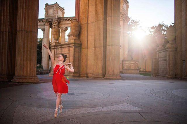 Archer in action . . . . . . . . . . . . . . . #ballerina #ballet #pointe #dance #dancers #pointeshoes #balletlife #balletphotography #tutu #balletdancer #balletfeet #balletstyle #instaballet #workout #flexible #dancer #worldwideballet #photooftheday #sanfrancisco #palaceoffinearts #balletbeautifulgirls #dancelovedance #balletaddiction  #ballerinaplans #instadance #love #beautiful #colorful