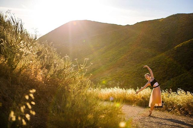 Lean into it . . . . . . . . . . . . . . . #ballerina #ballet #pointe #dance #dancers #pointeshoes #balletlife #balletphotography #tutu #balletdancer  #instaballet #workout #flexible #dancer #worldwideballet #photooftheday  @thepointeshop @russianpointebrand @discountdance #balletbeautifulgirls #dancelovedance #balletaddiction #balletdesire @ballerina.nation  #instadance #move #bend #love #beautiful #colorful #flowers #nature