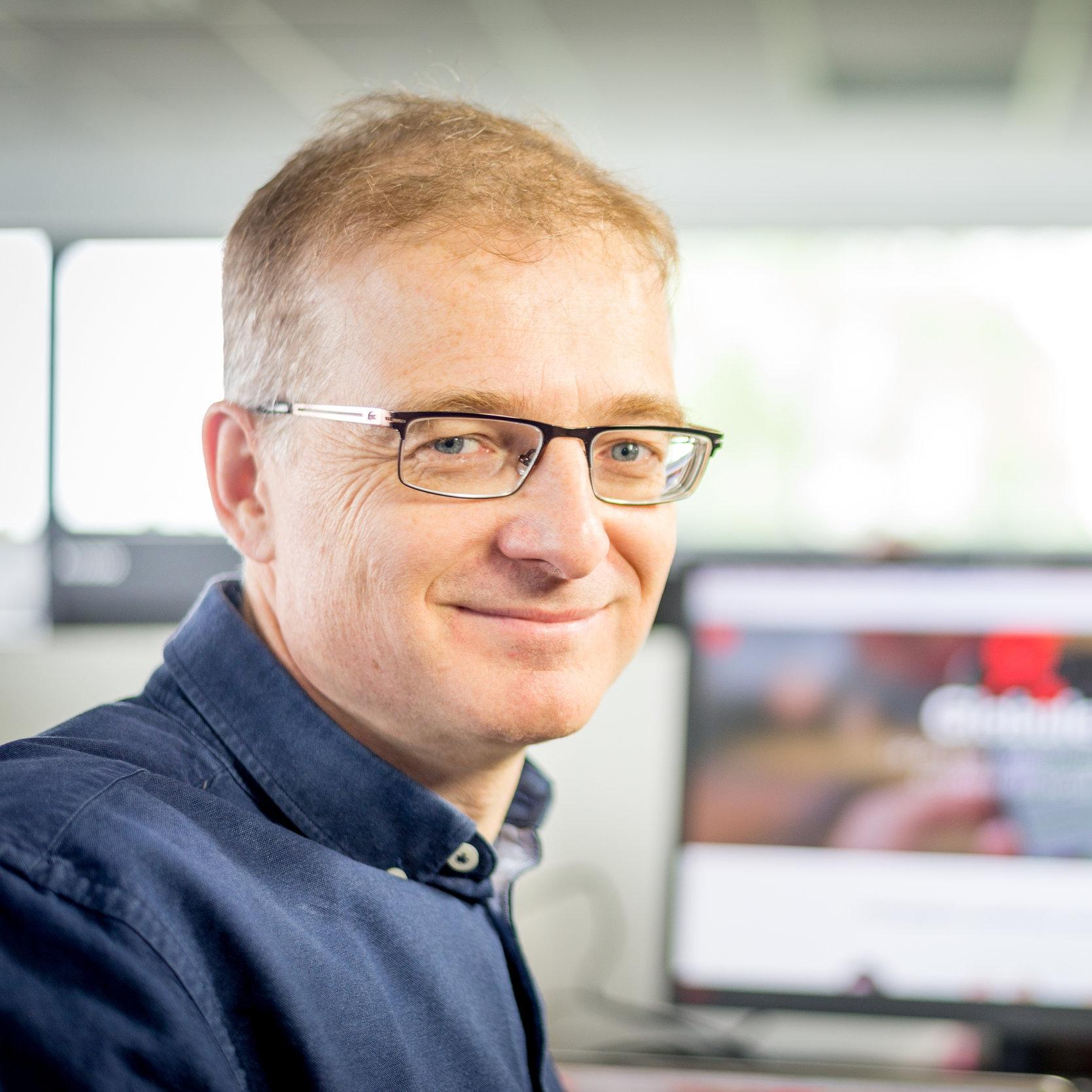 Antoine Comiti   Antoine est co-fondateur et gérant de Ki-Lab depuis sa création en 2006. Il supervise les priorités de développement de GLOBULE, le bon déroulement des projets de déploiement, et l'organisation générale de l'entreprise.