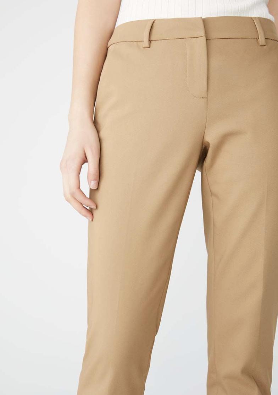 https://www.rw-co.com/en/modern-chic-curvy-fit-slim-leg-ankle-pant/415297.html?cgid=women-clothing-suits&dwvar_415297_color=Camel