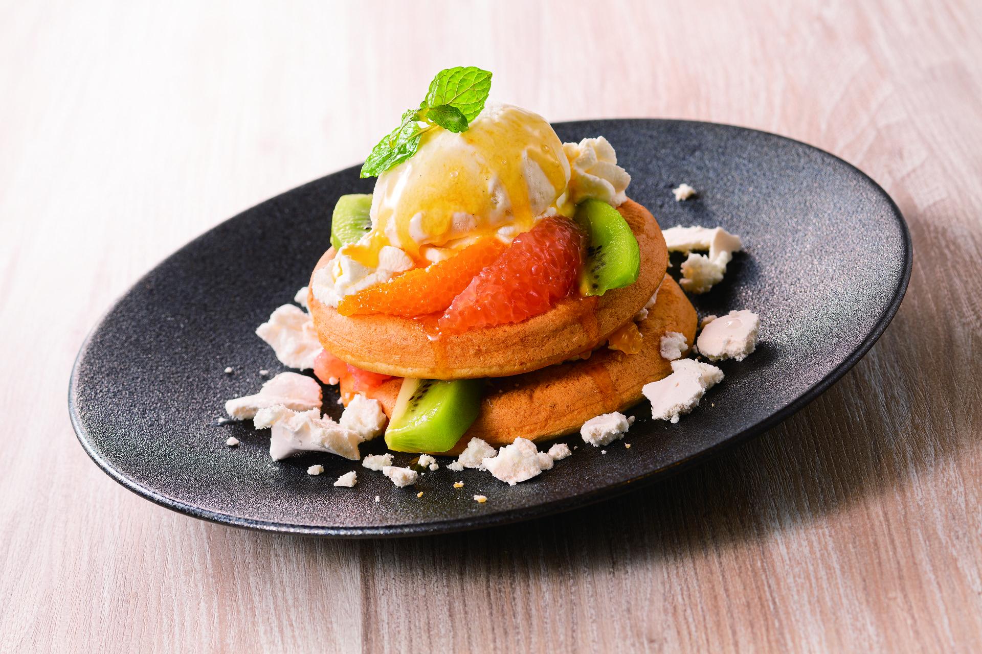 Hotcakes Pavlova.jpg