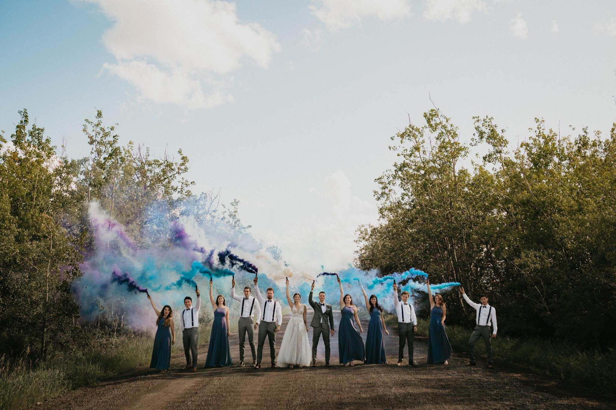 Edmonton_Wedding_Photographer_Carlos_Vicente_Smoke_Bombs.jpg