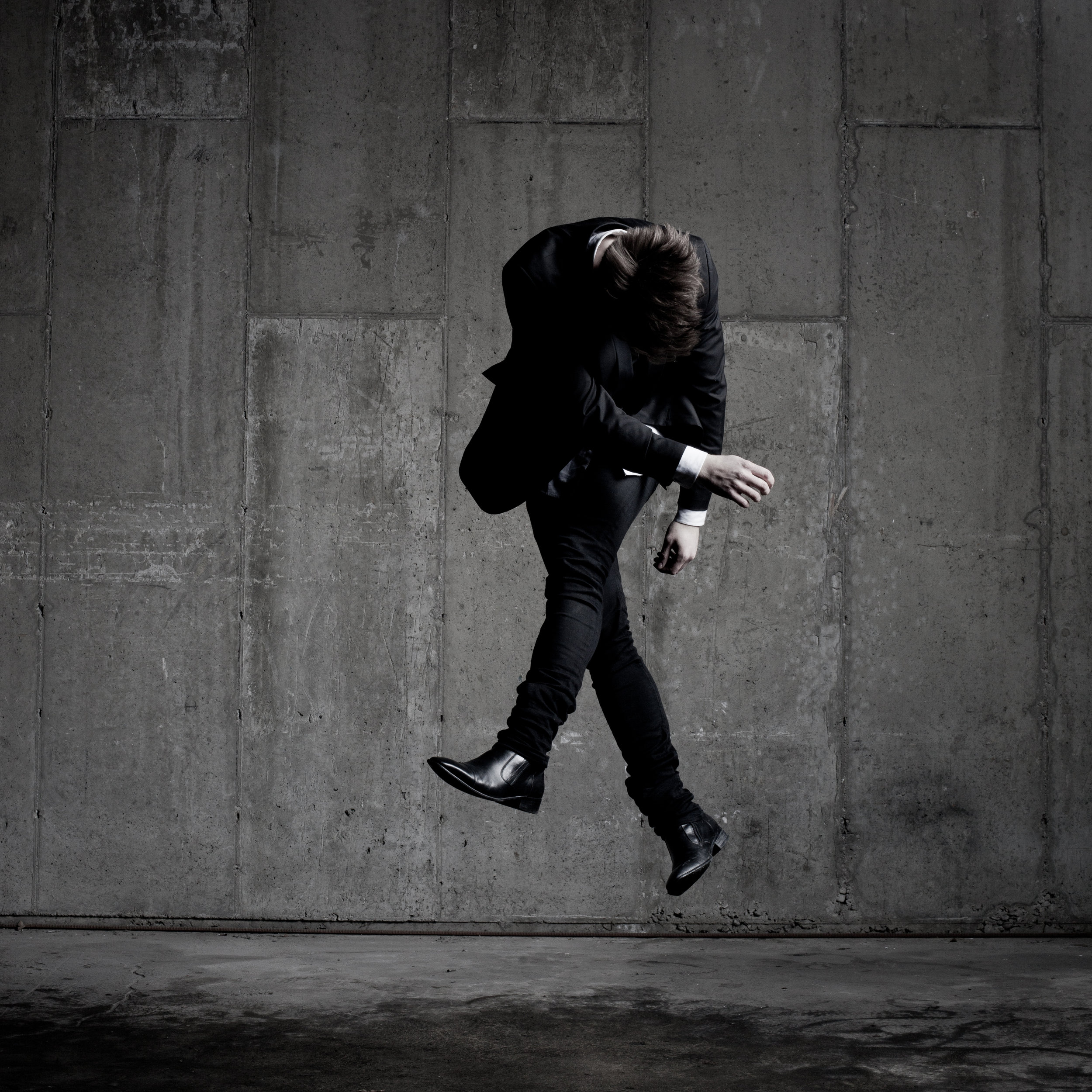 © duston-todd-portrait-studio-jumping-mens-fashion.jpg