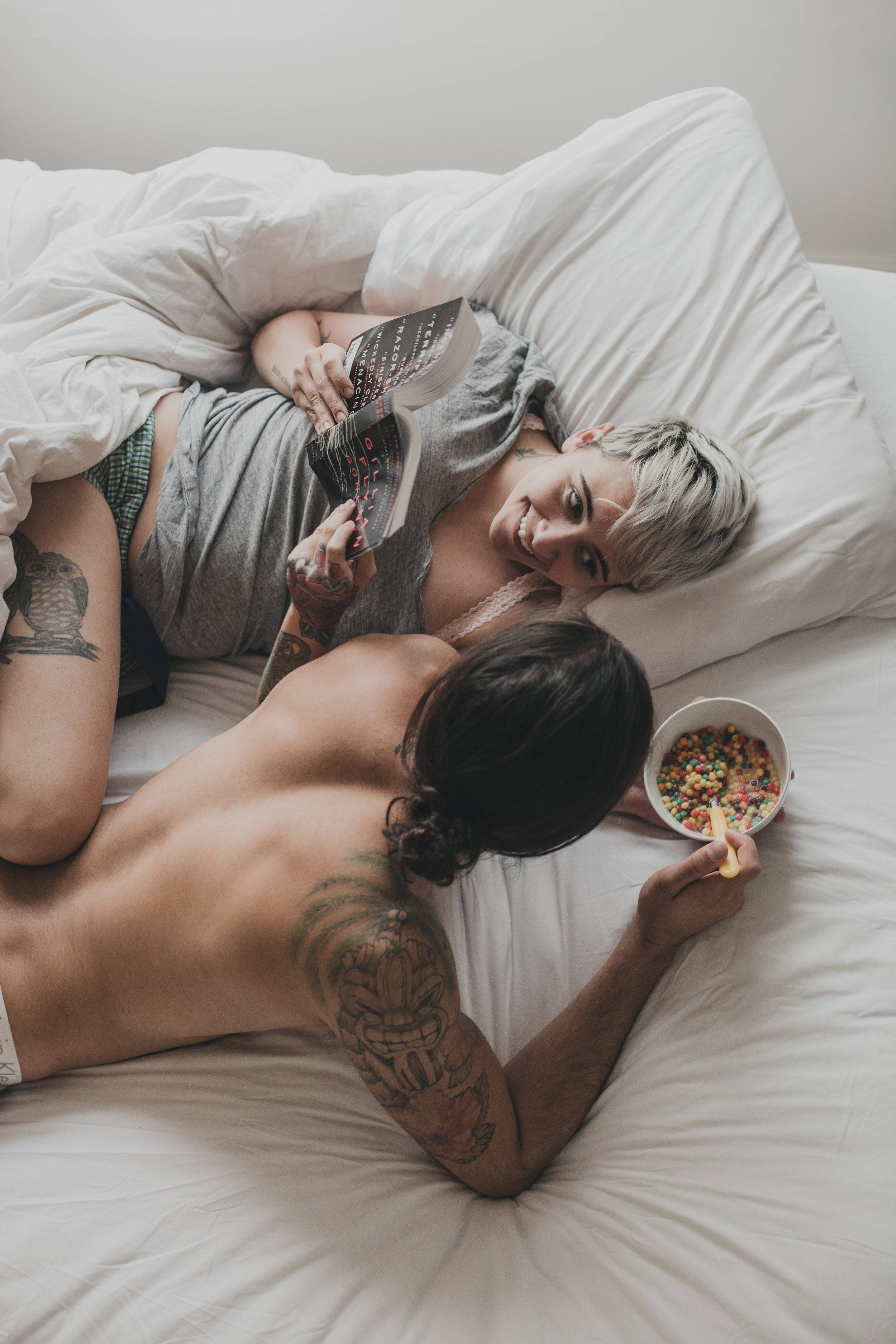 © duston-todd-lifestyle-couple-intimate-reading-cereal.jpg