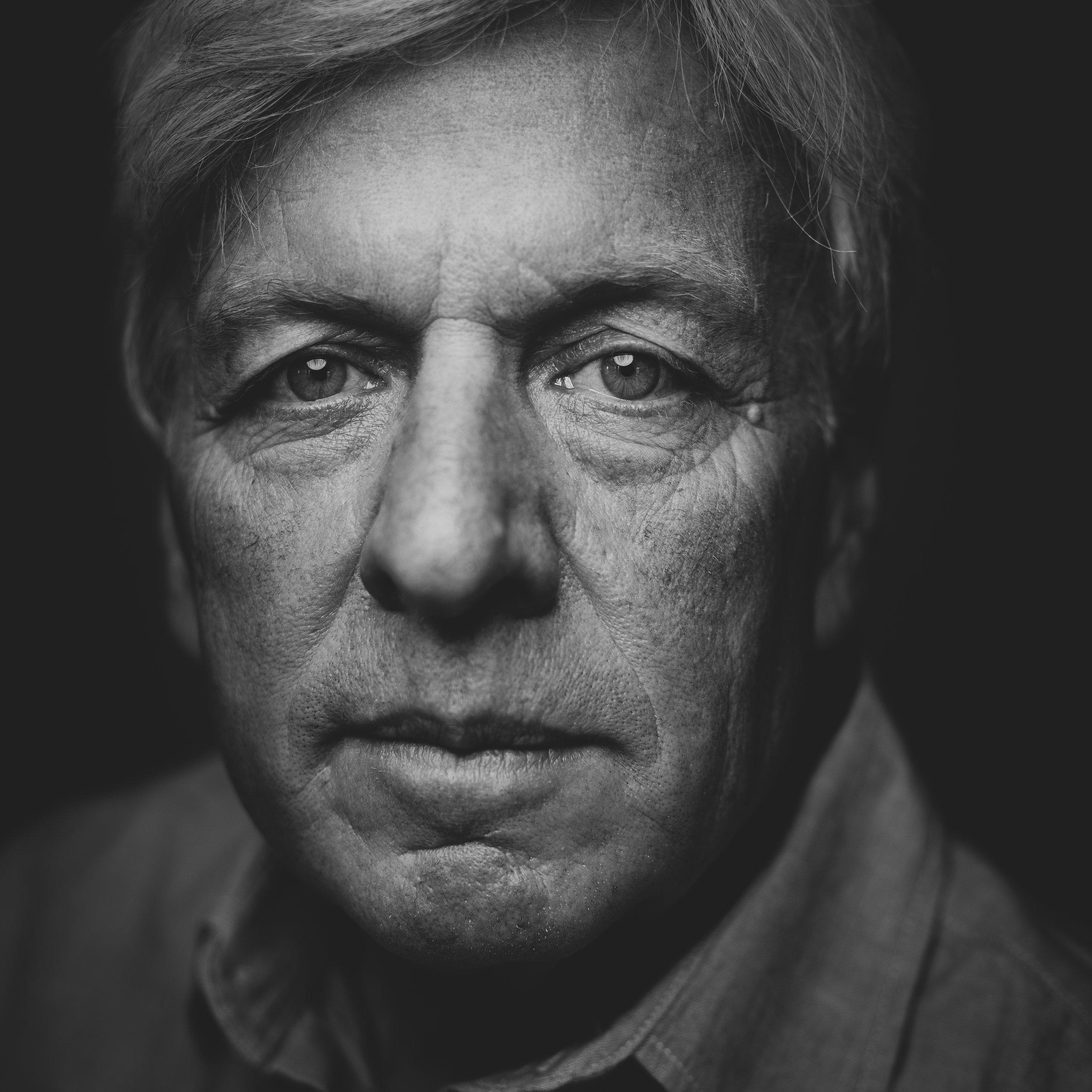 ©duston-todd-portrait-closeup-man-black-white.jpg