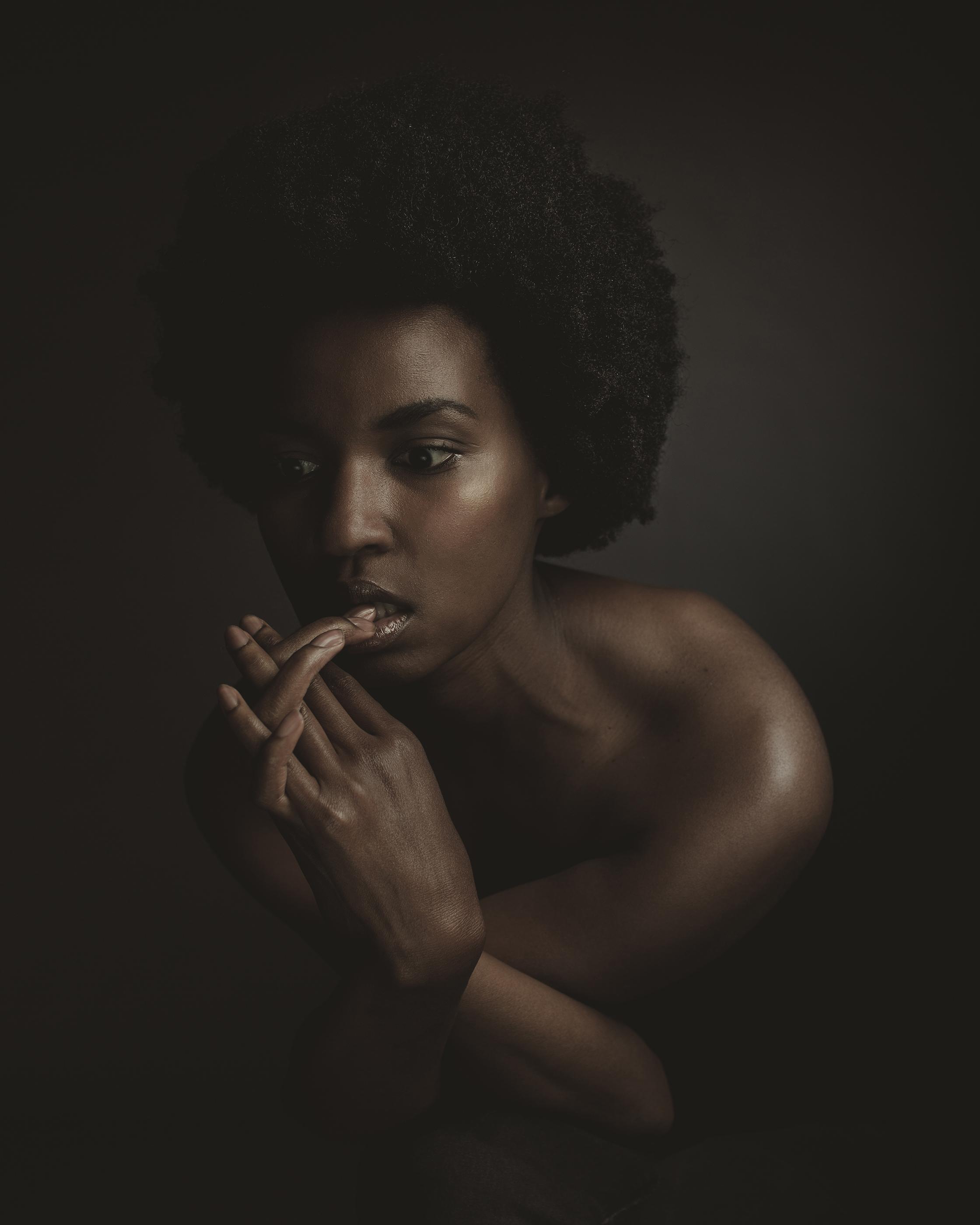 © duston-todd-beauty-women-jewelry-hands.jpg