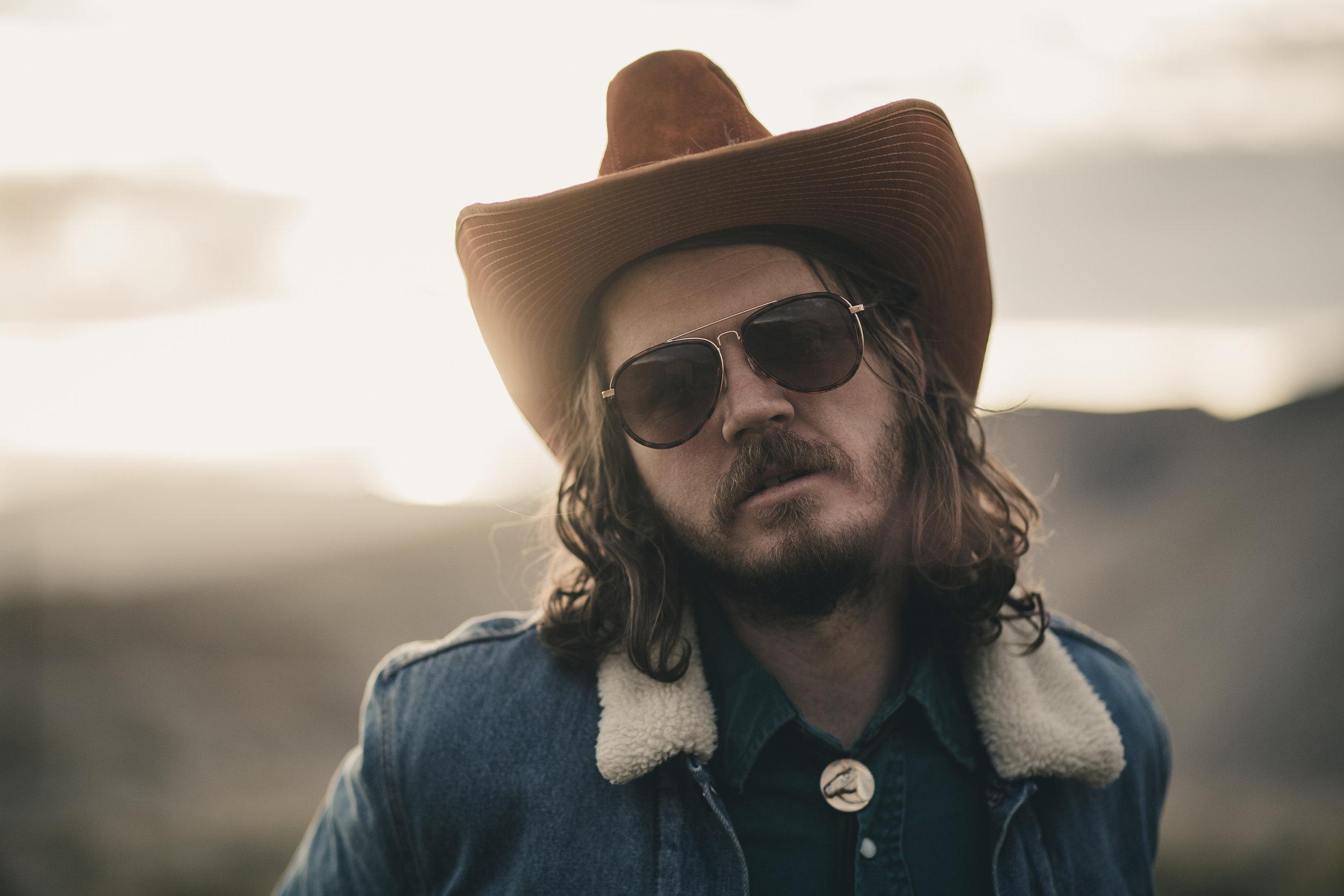 © duston–todd–country-cowboy–deniem-jacket-shades-9.jpg