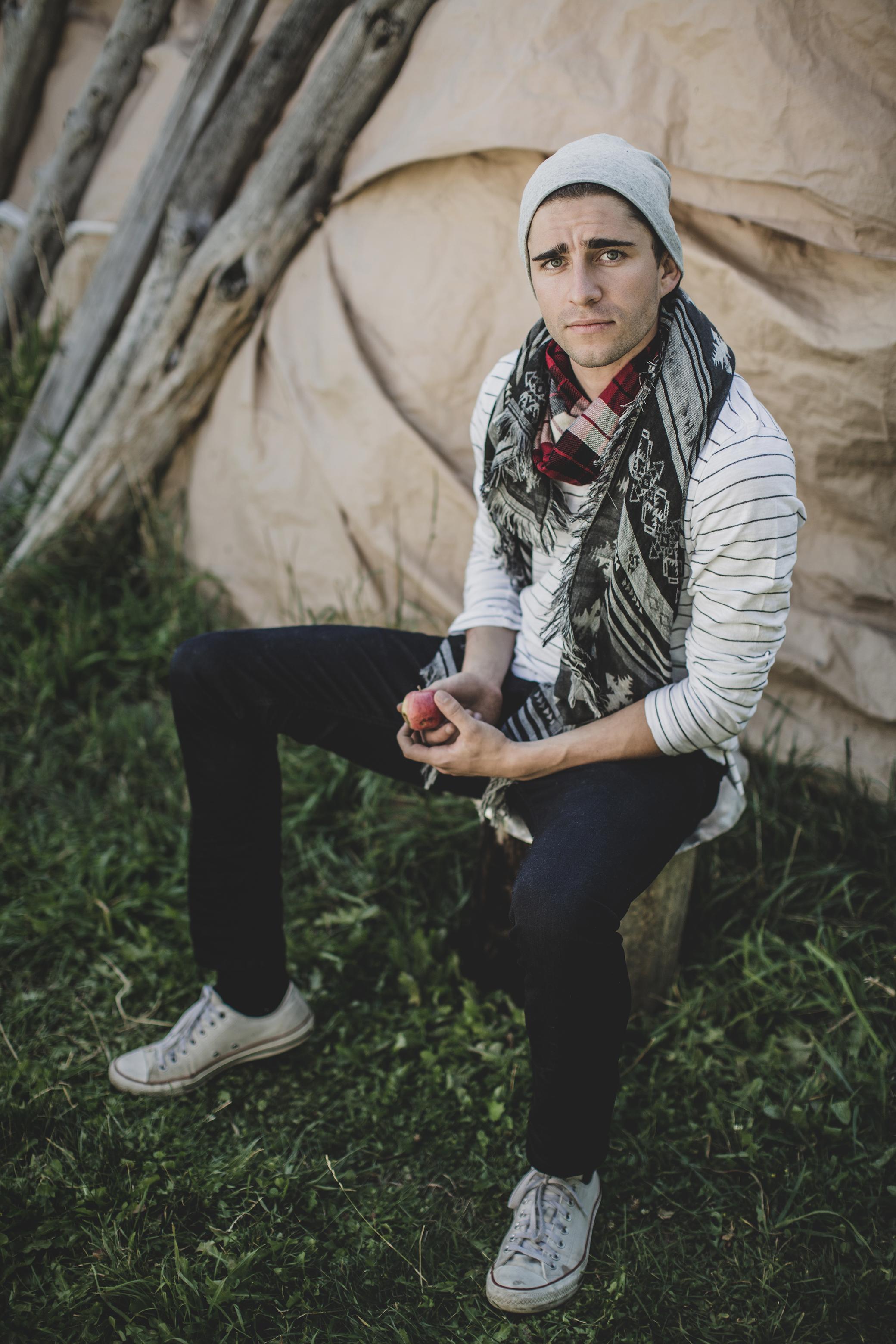 © duston–todd–menswear-scarf-fashion-06.jpg