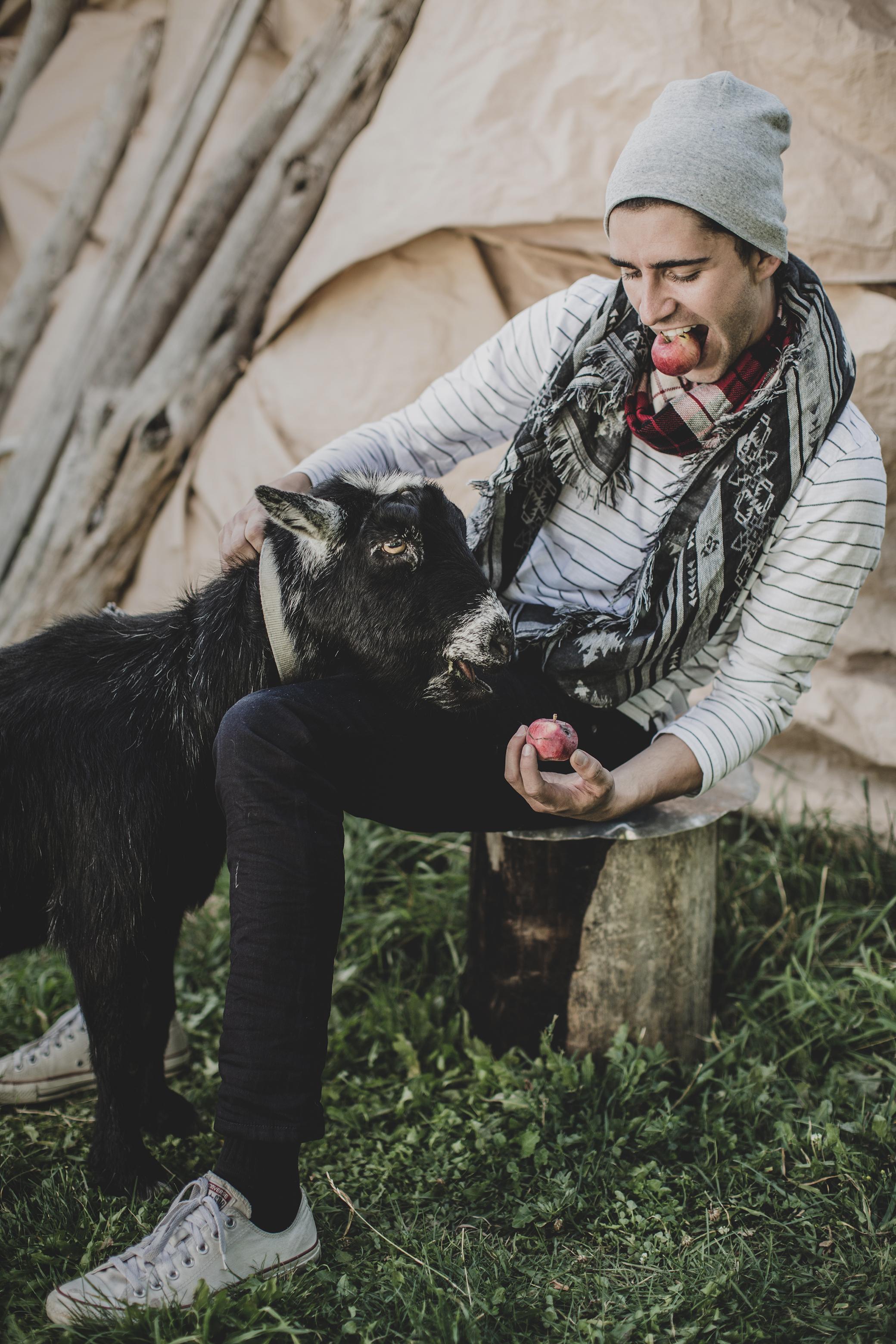 © duston–todd–menswear-scarf-fashion-08.jpg