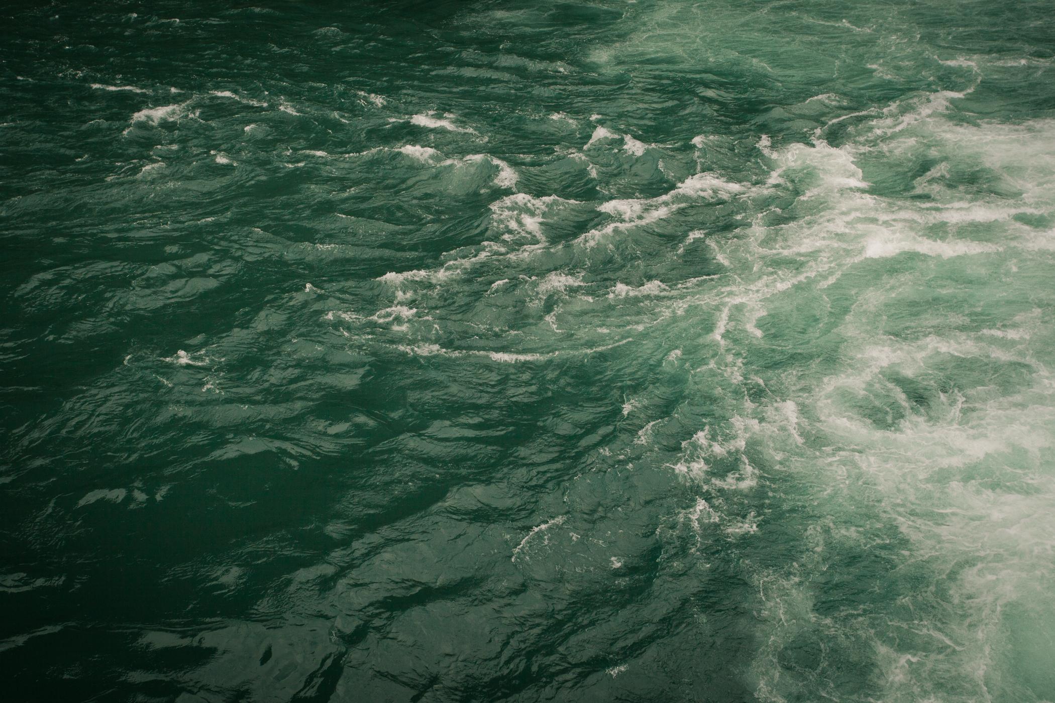 © duston todd_fine art_water_waves.jpg
