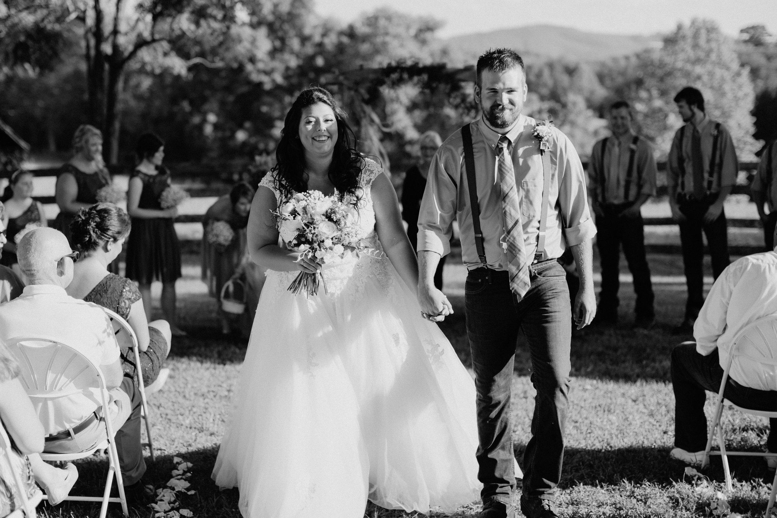 Sorella Farms_Lynchburg Wedding Photographer_Lynchburg Wedding Venue_Lynchburg Photographer-23.jpg
