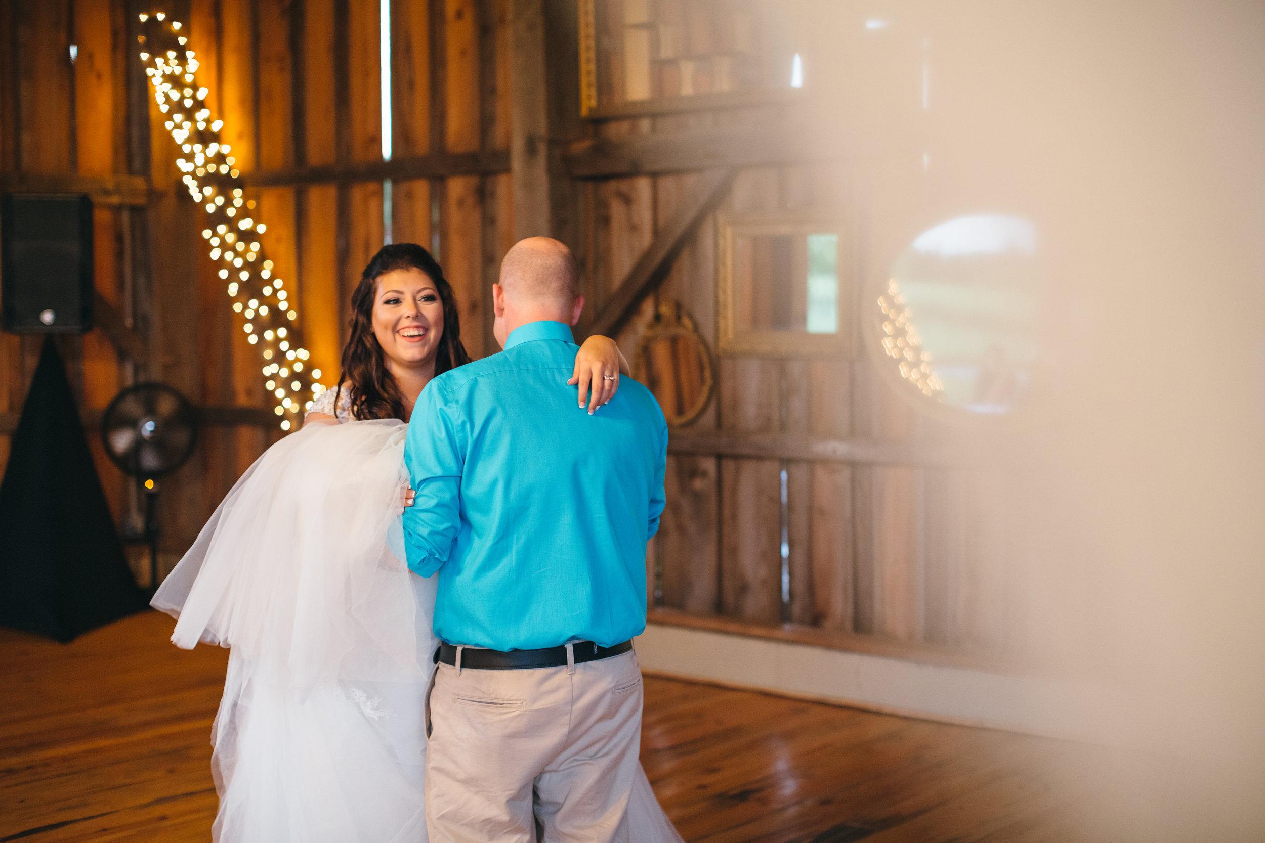 Sorella Farms_Lynchburg Wedding Photographer_Lynchburg Wedding Venue_Lynchburg Photographer-45.jpg