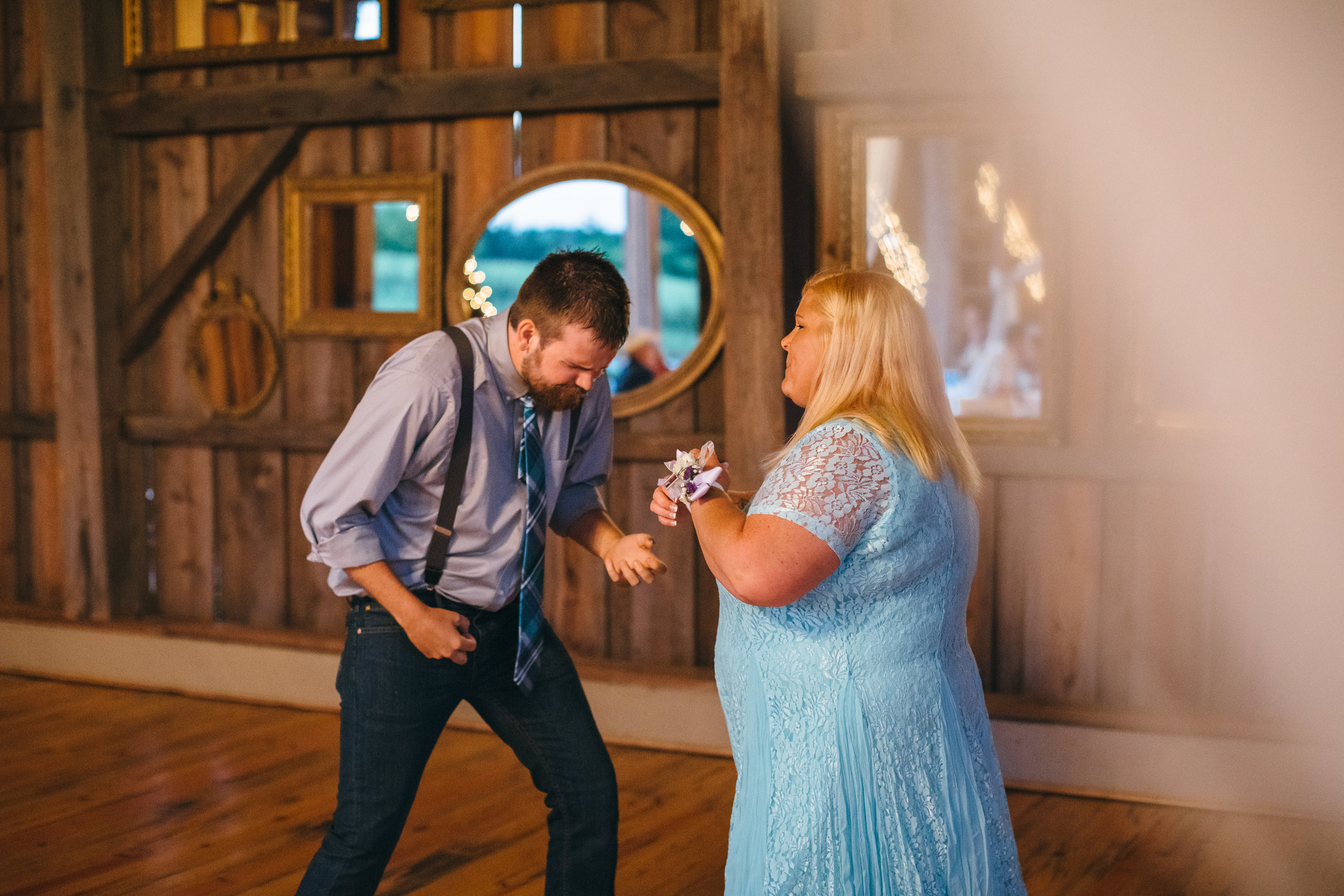 Sorella Farms_Lynchburg Wedding Photographer_Lynchburg Wedding Venue_Lynchburg Photographer-46.jpg