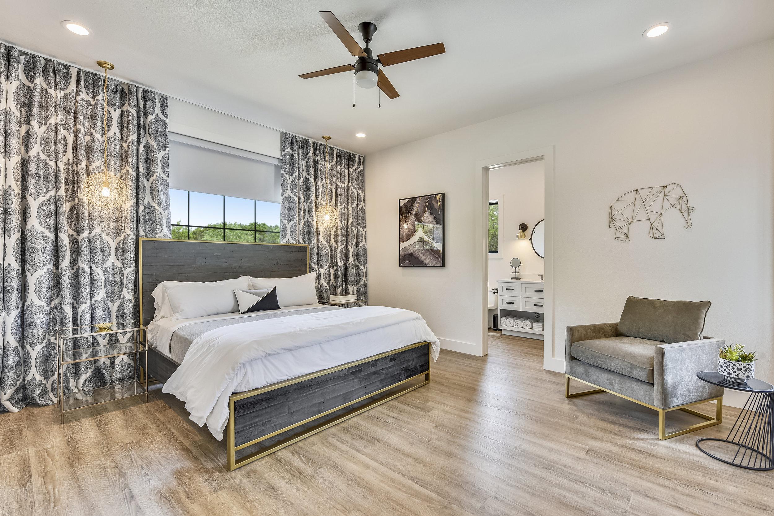 Lower Level-Bedroom-_DSC2814.JPG