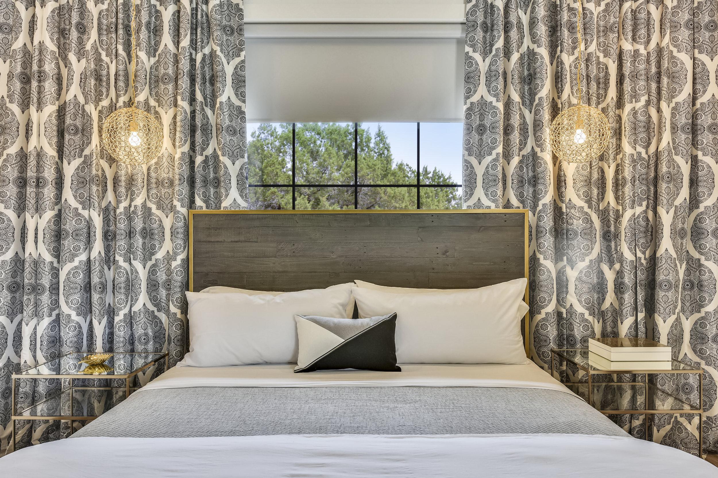 Lower Level-Bedroom-_DSC2824.JPG