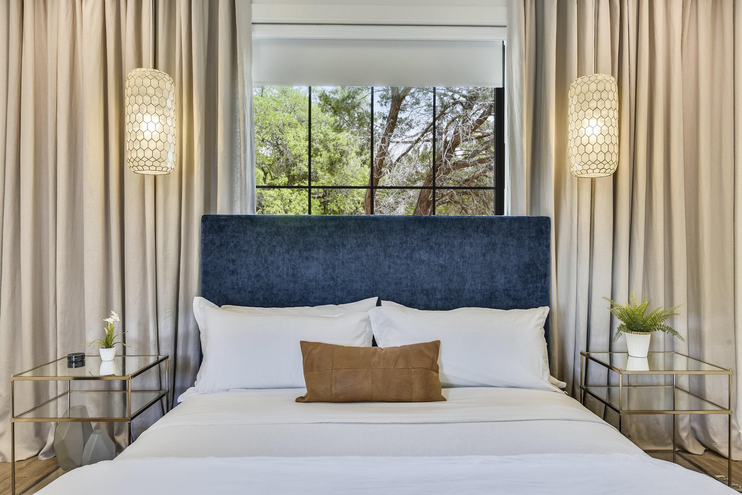 Lower Level-Bedroom-_DSC2874.JPG