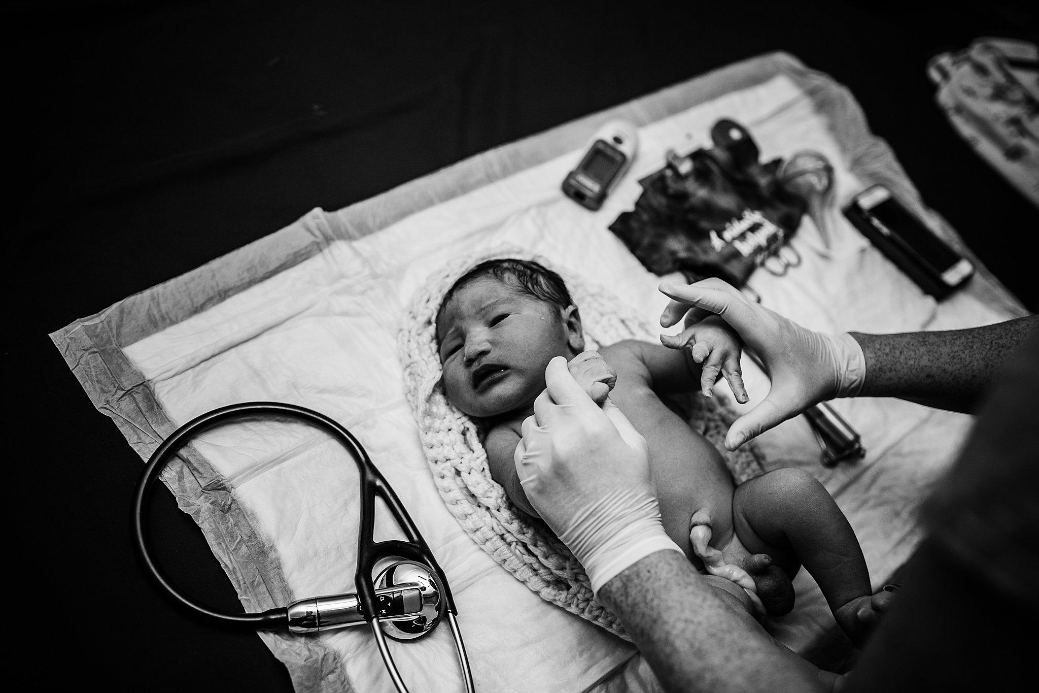 Graham-San-Antonio-Birth-Photographer-166_WEB.jpg