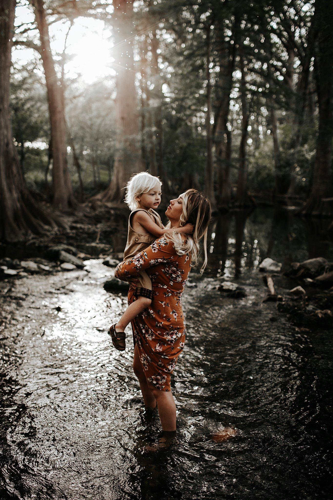 Shannon-San-Antonio-Maternity-Photographer-4_WEB.jpg