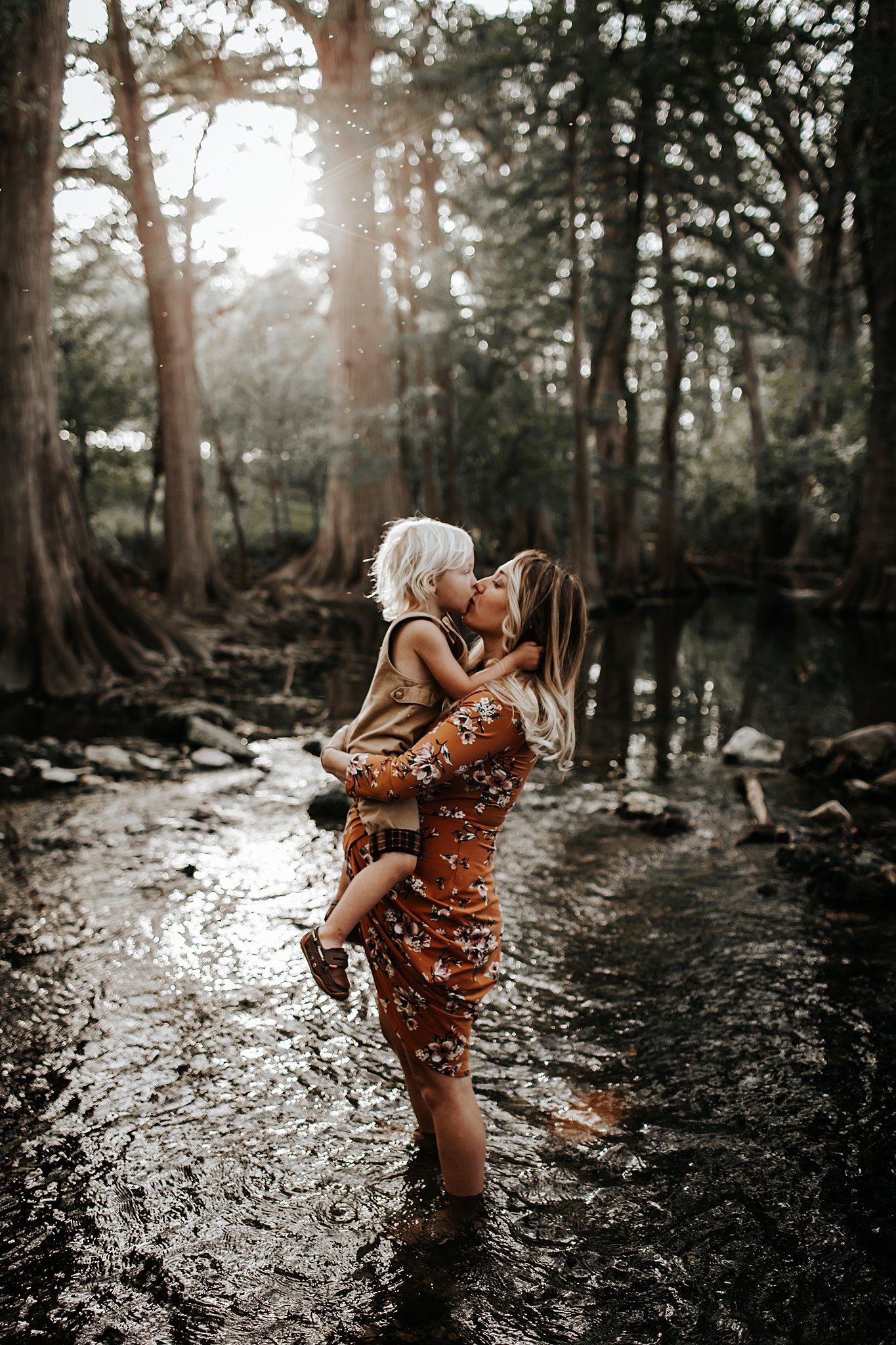 Shannon-San-Antonio-Maternity-Photographer-5_WEB.jpg