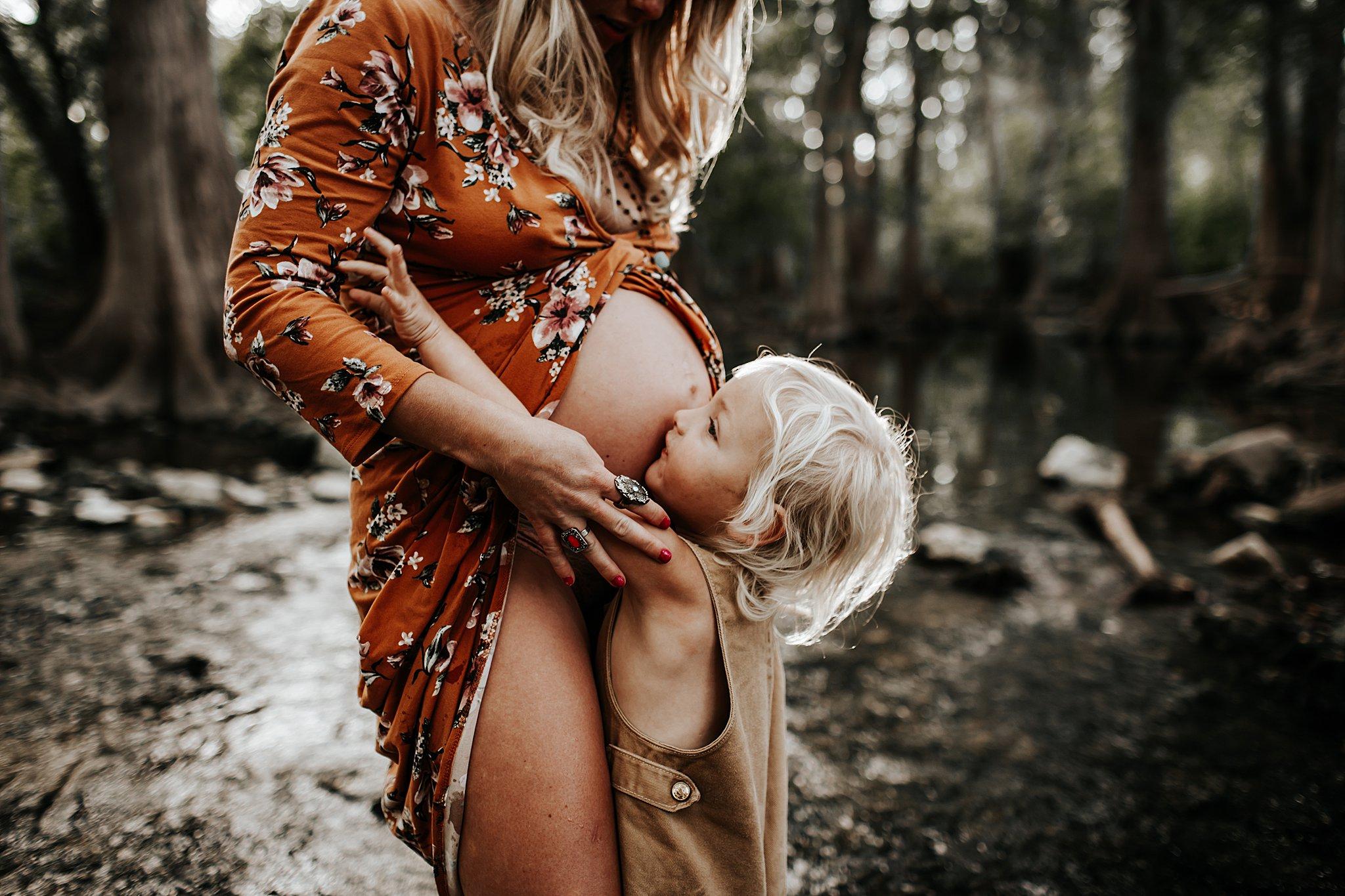 Shannon-San-Antonio-Maternity-Photographer-16_WEB.jpg