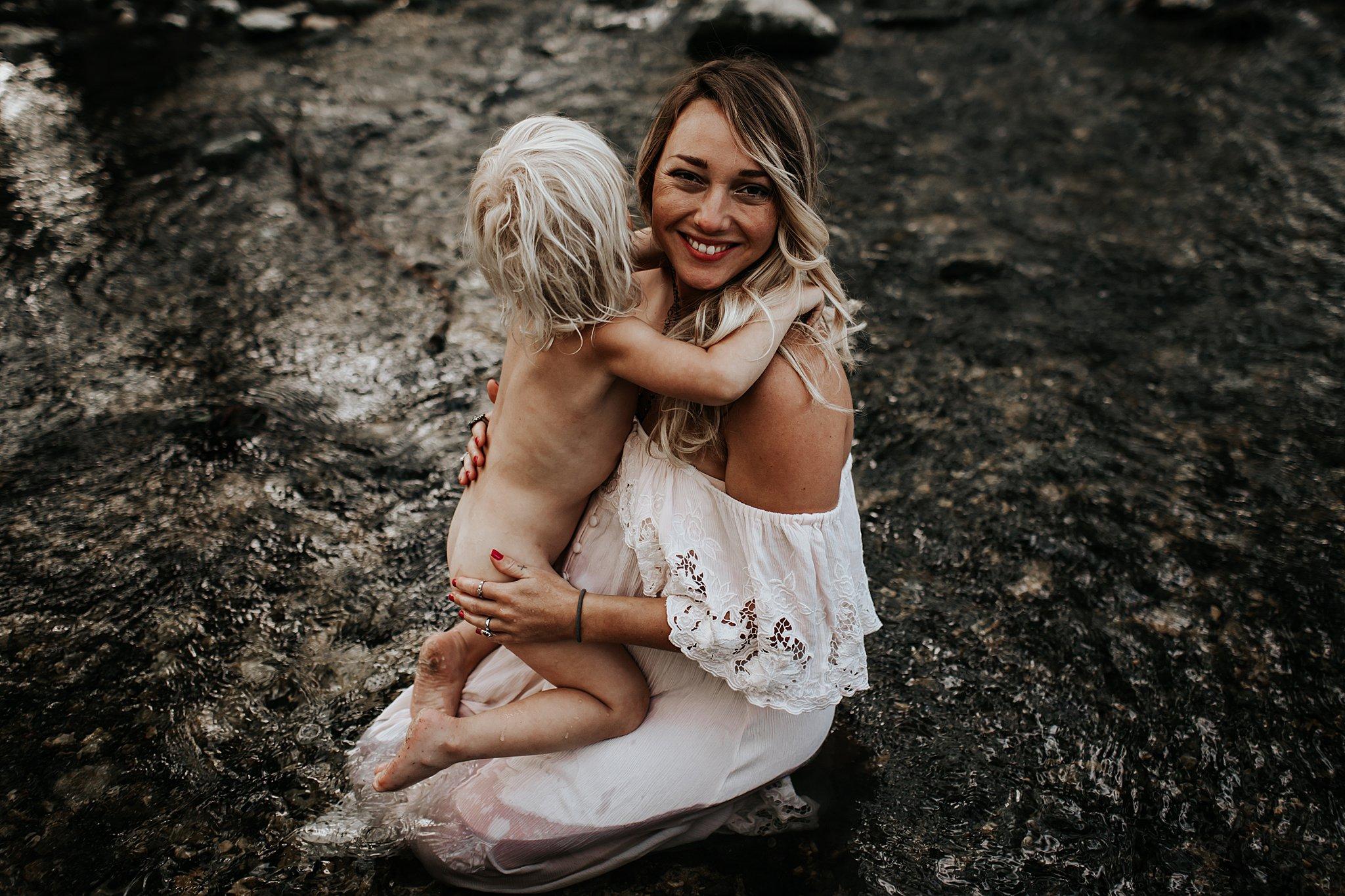 Shannon-San-Antonio-Maternity-Photographer-46_WEB.jpg