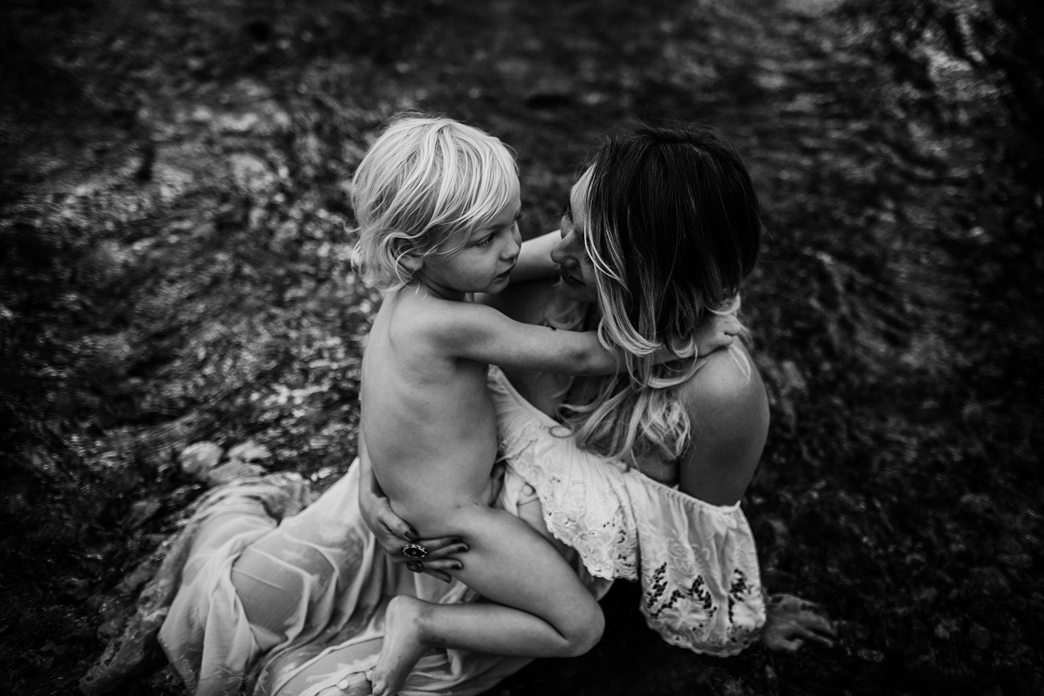 Shannon-San-Antonio-Maternity-Photographer-52_WEB.jpg