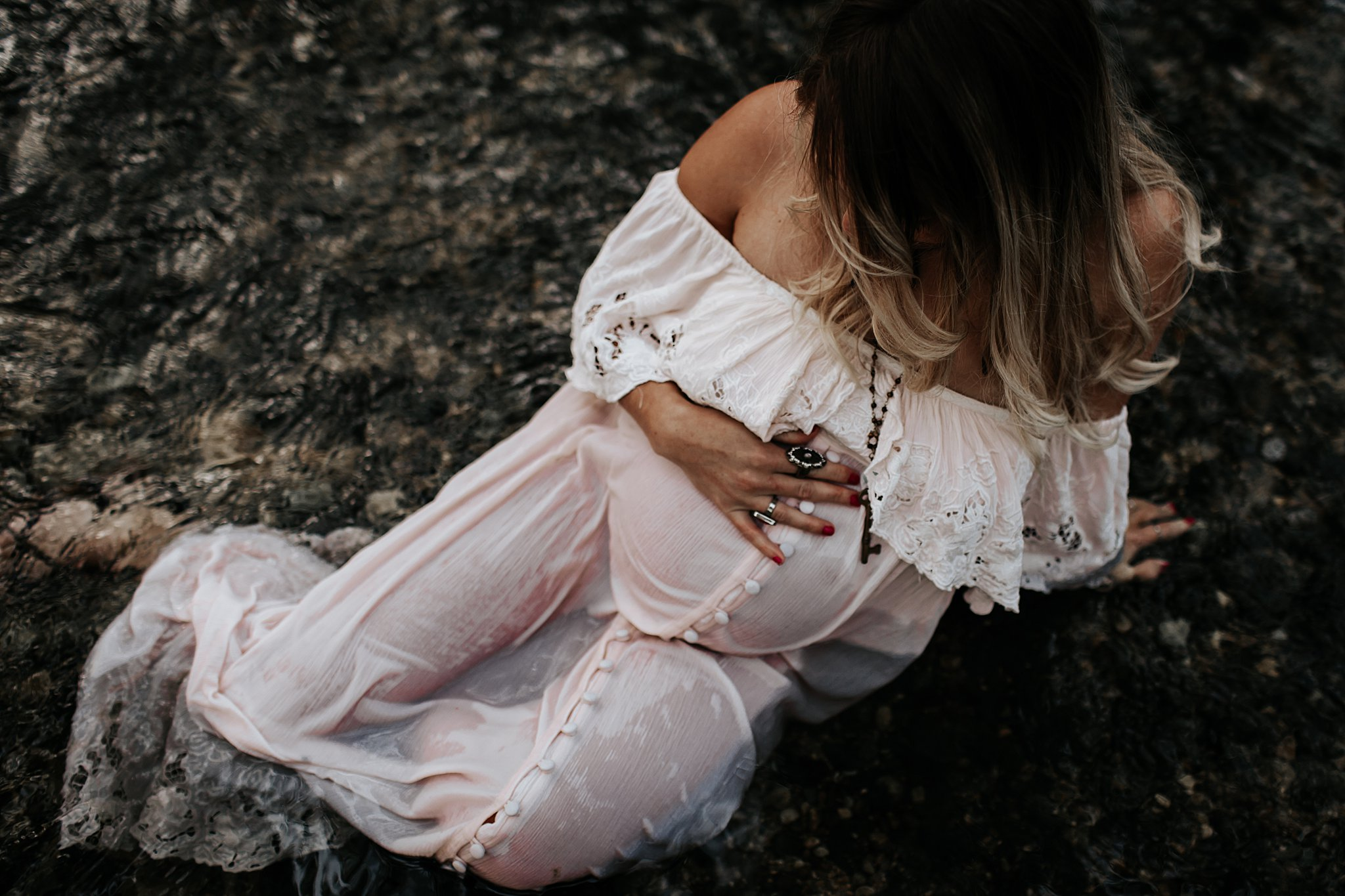 Shannon-San-Antonio-Maternity-Photographer-58_WEB.jpg