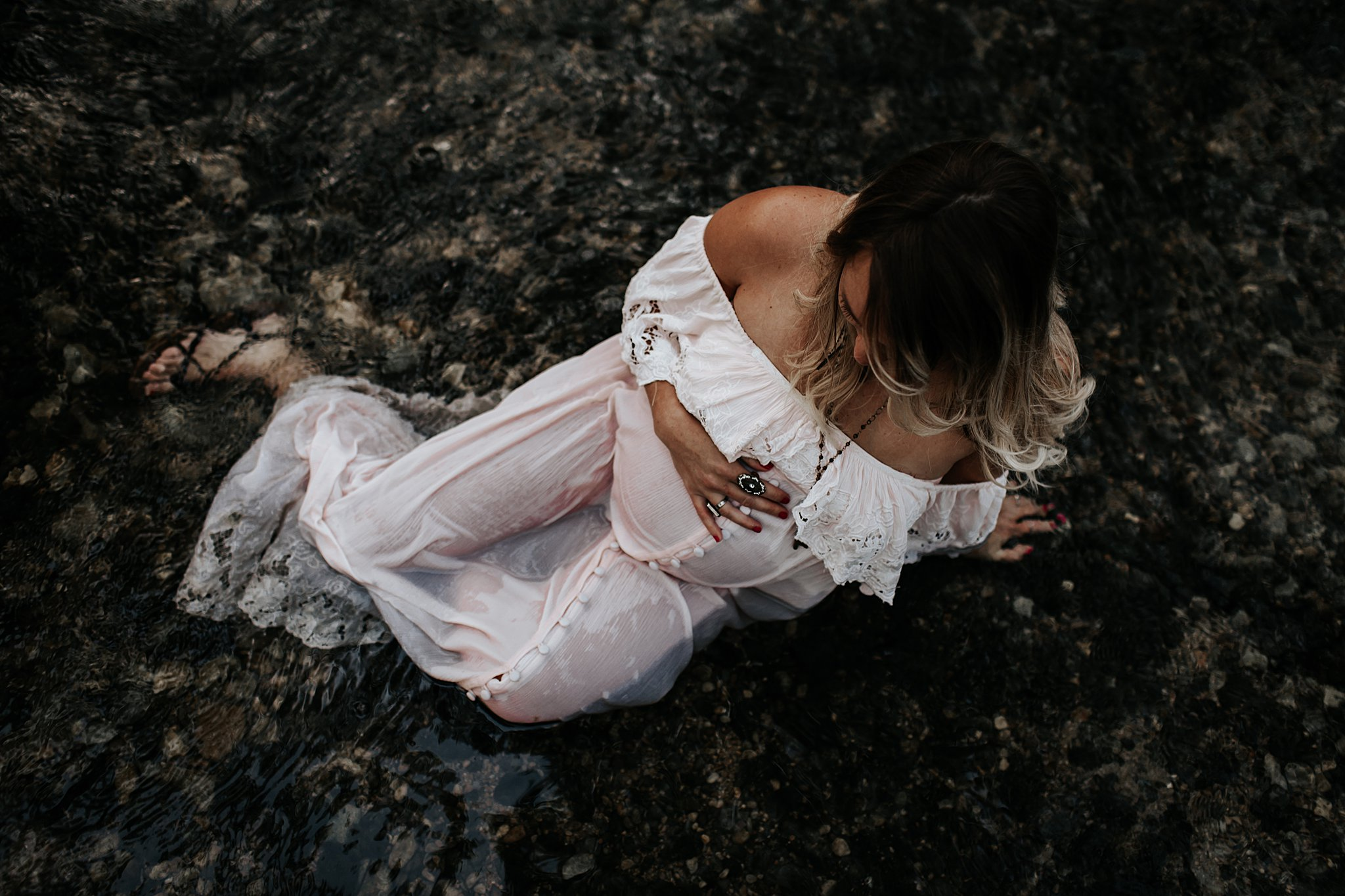 Shannon-San-Antonio-Maternity-Photographer-60_WEB.jpg