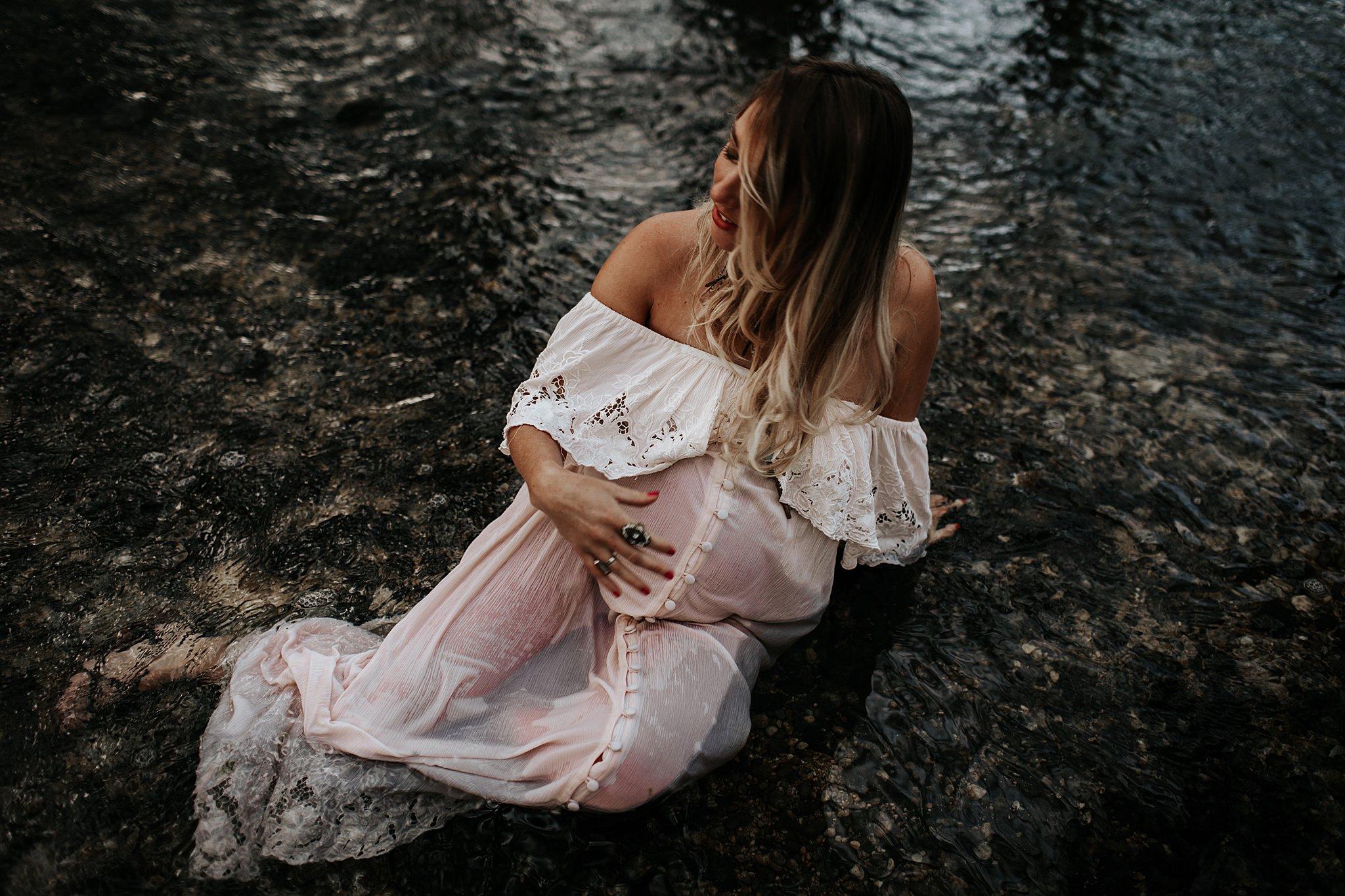 Shannon-San-Antonio-Maternity-Photographer-61_WEB.jpg