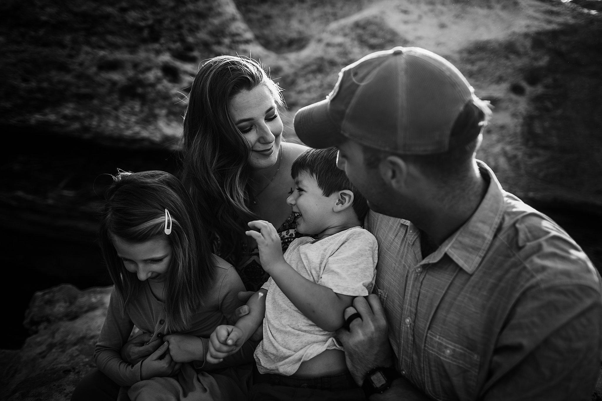 Tunnell-San-Antonio-Family-Photographer-10_WEB.jpg
