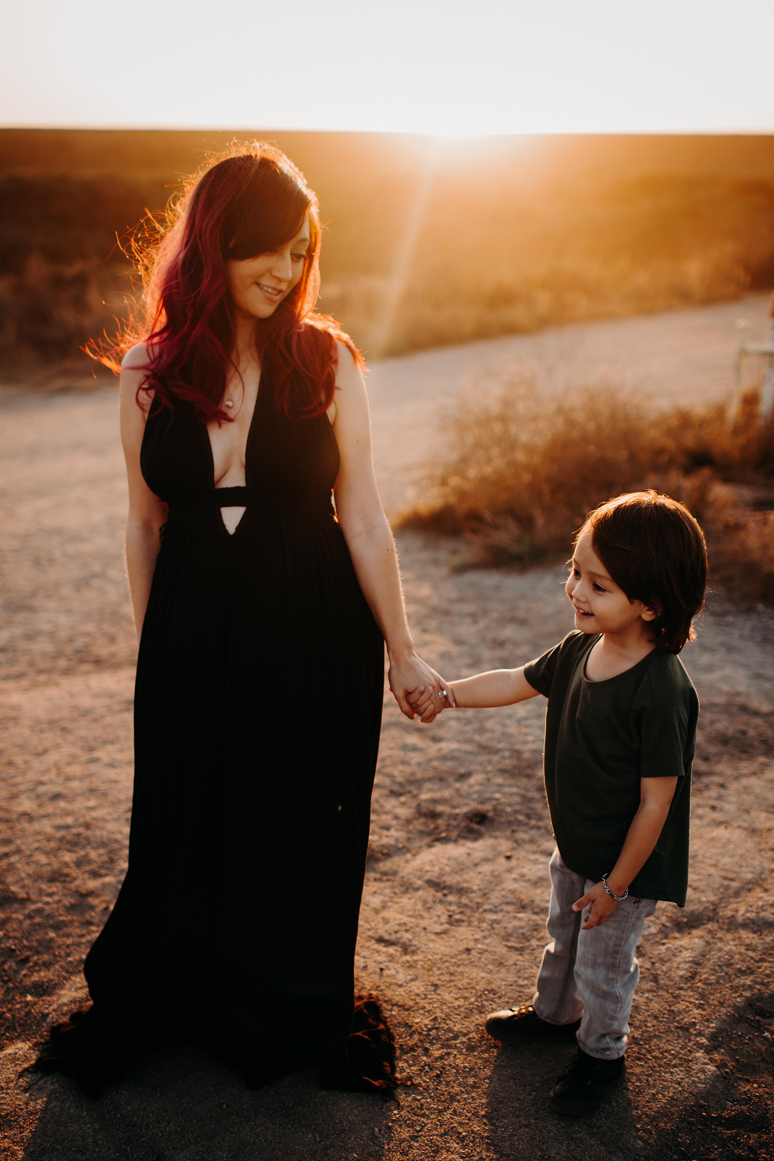 Bryanna-San-Antonio-Maternity-Photographer-65_WEB.jpg