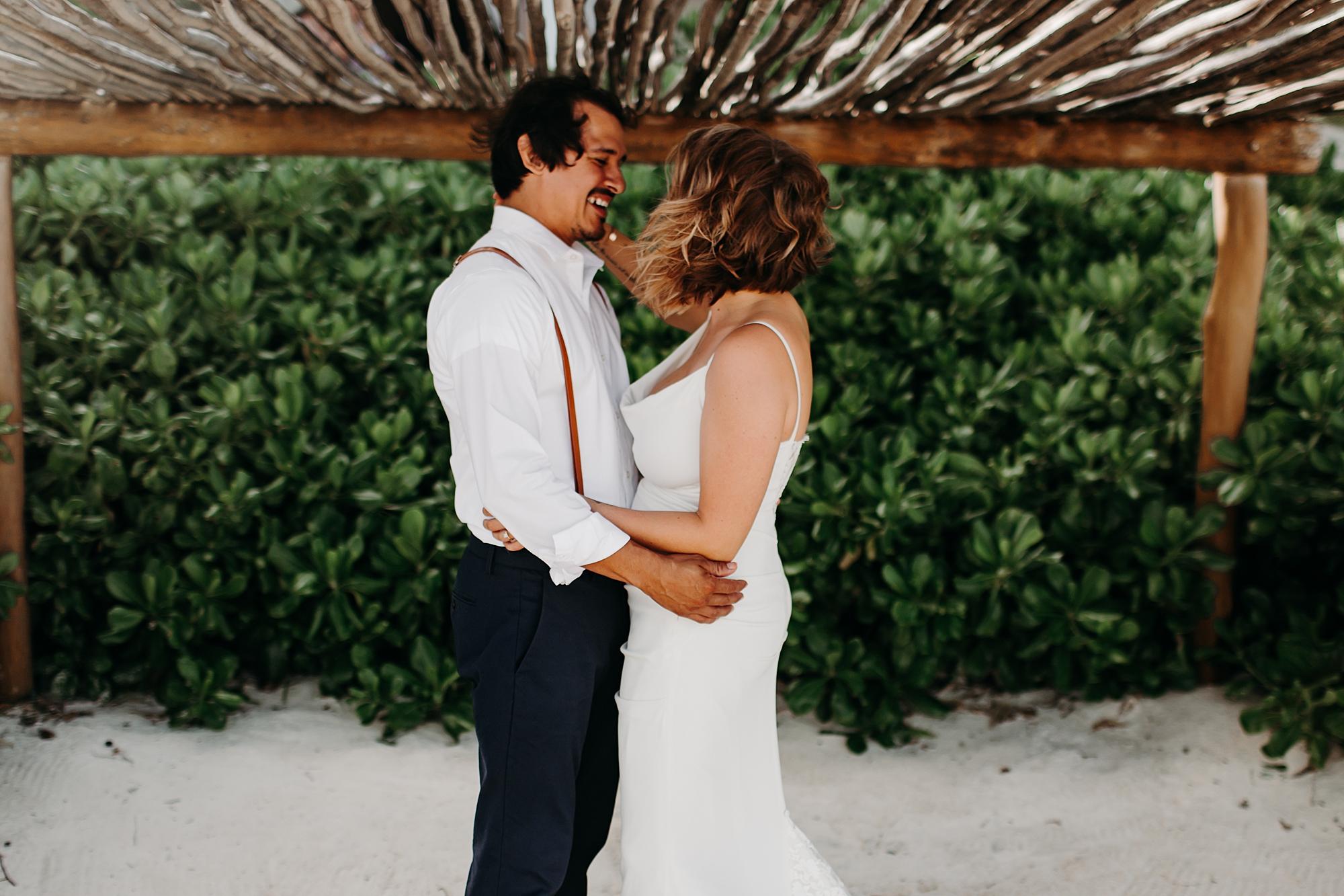 Danielle-San-Antonio-Wedding-Photographer-56_WEB.jpg