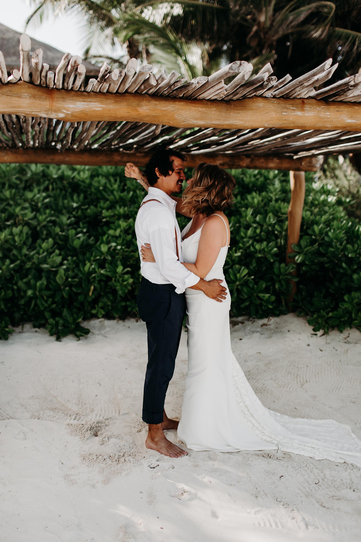 Danielle-San-Antonio-Wedding-Photographer-58_WEB.jpg