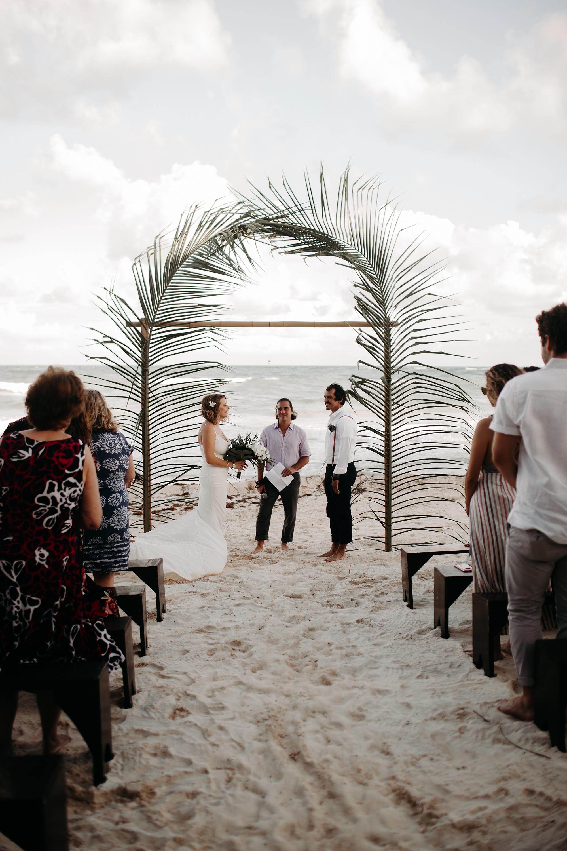 Danielle-San-Antonio-Wedding-Photographer-150_WEB.jpg
