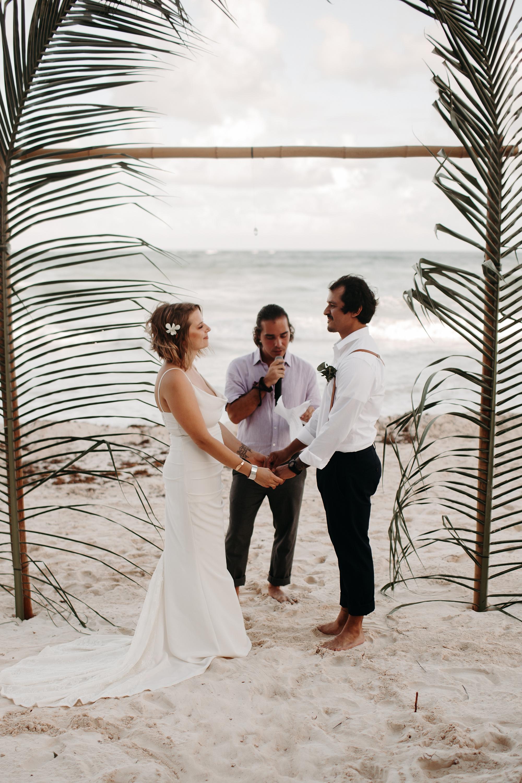 Danielle-San-Antonio-Wedding-Photographer-155_WEB.jpg