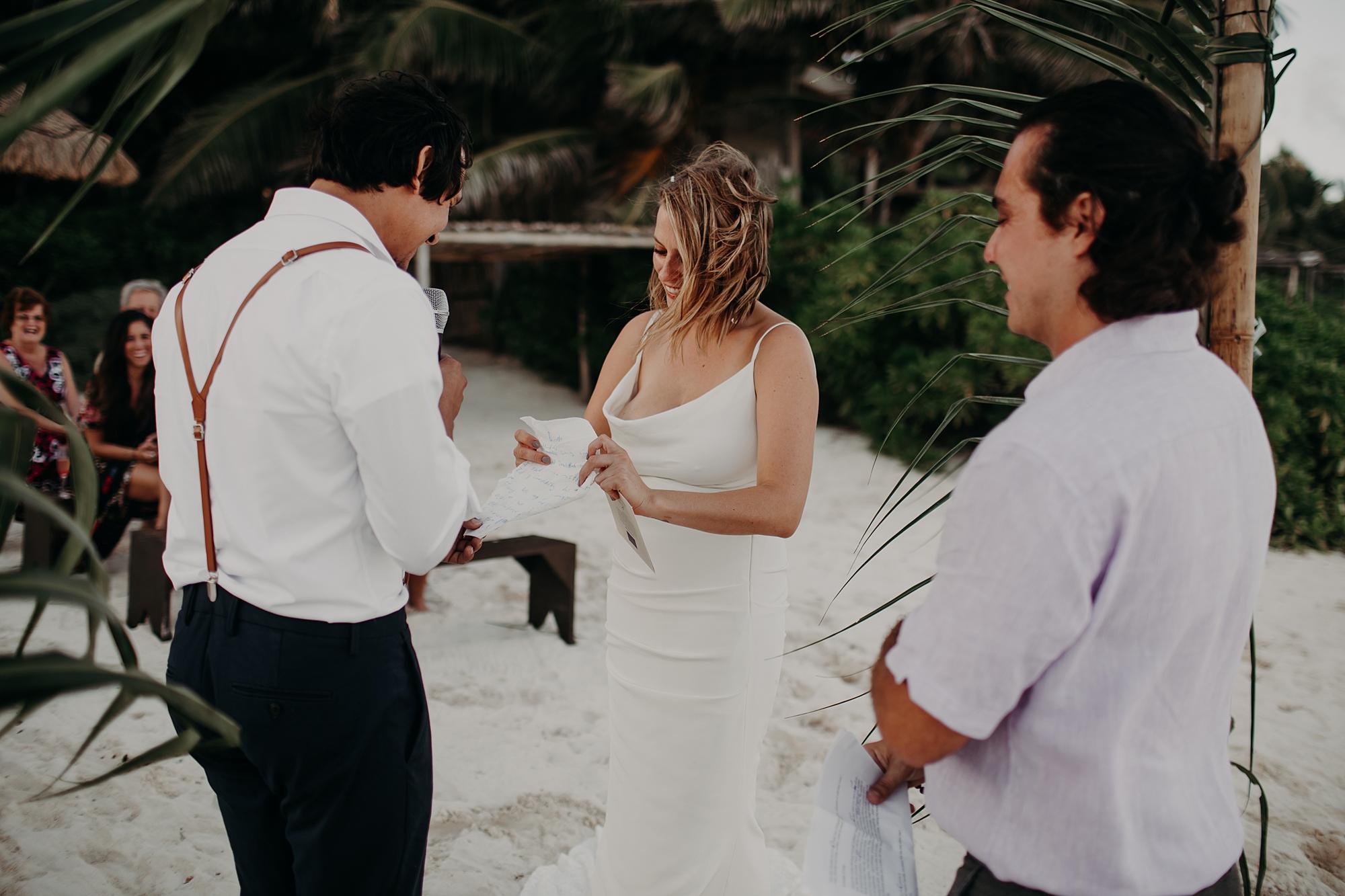 Danielle-San-Antonio-Wedding-Photographer-164_WEB.jpg