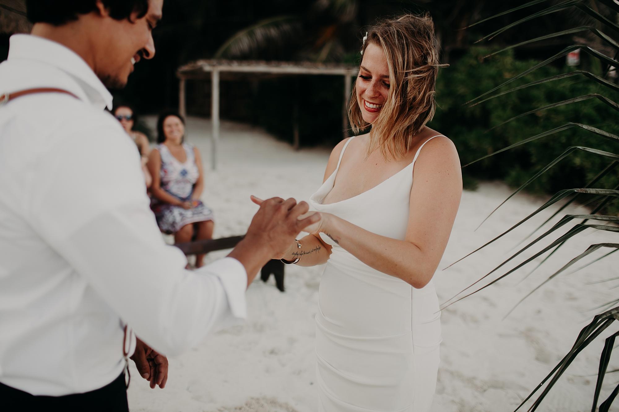 Danielle-San-Antonio-Wedding-Photographer-174_WEB.jpg