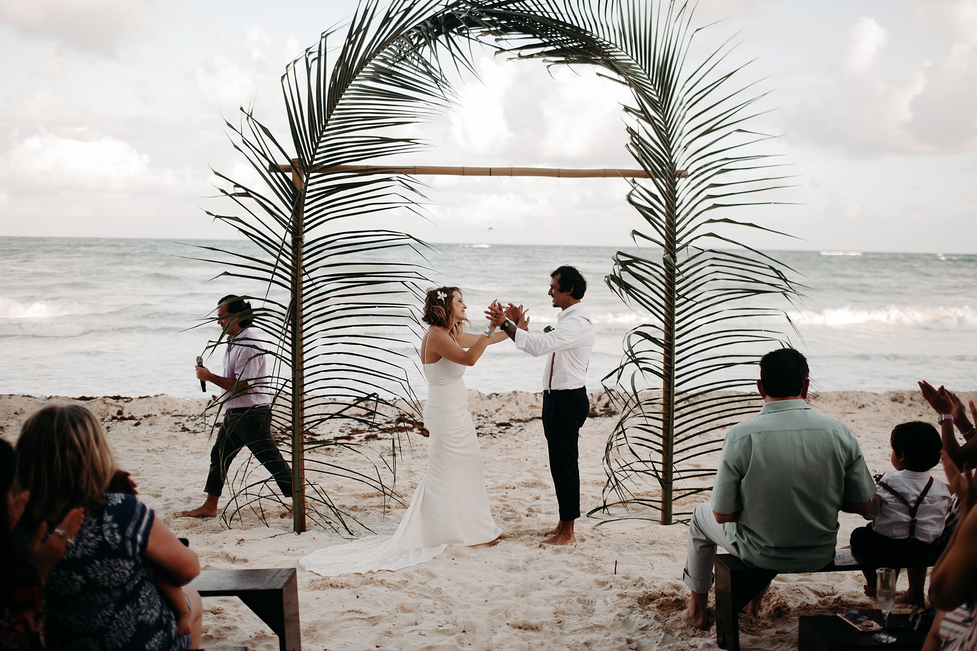 Danielle-San-Antonio-Wedding-Photographer-175_WEB.jpg